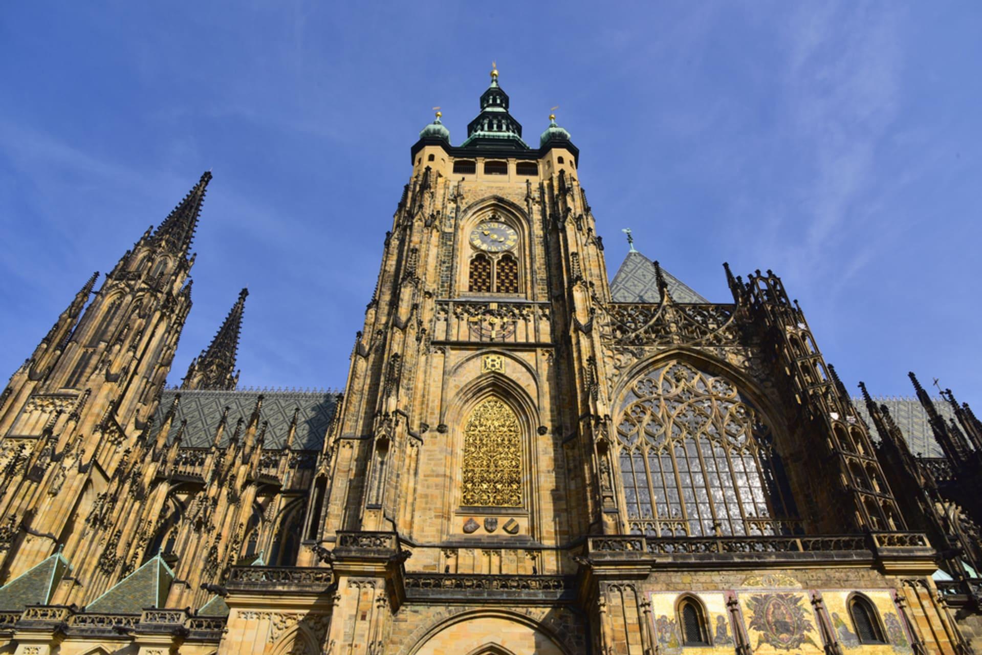 Prague - Majestic Prague castle - Part 2 - Prague castle by day
