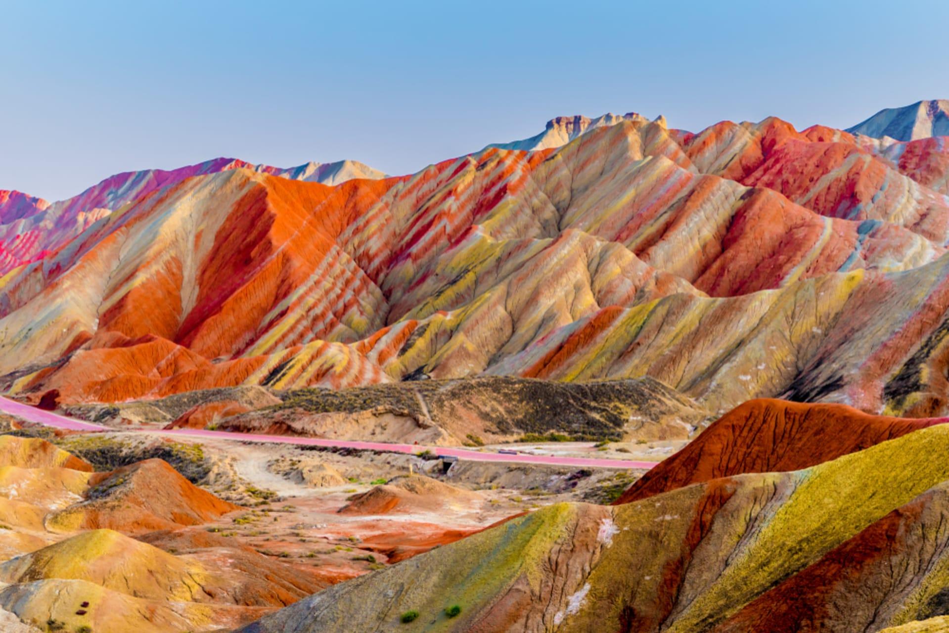 "Hexi Corridor (China's Silk Road) - Rainbow Mountains: ""Earth's Paint Pallet"""