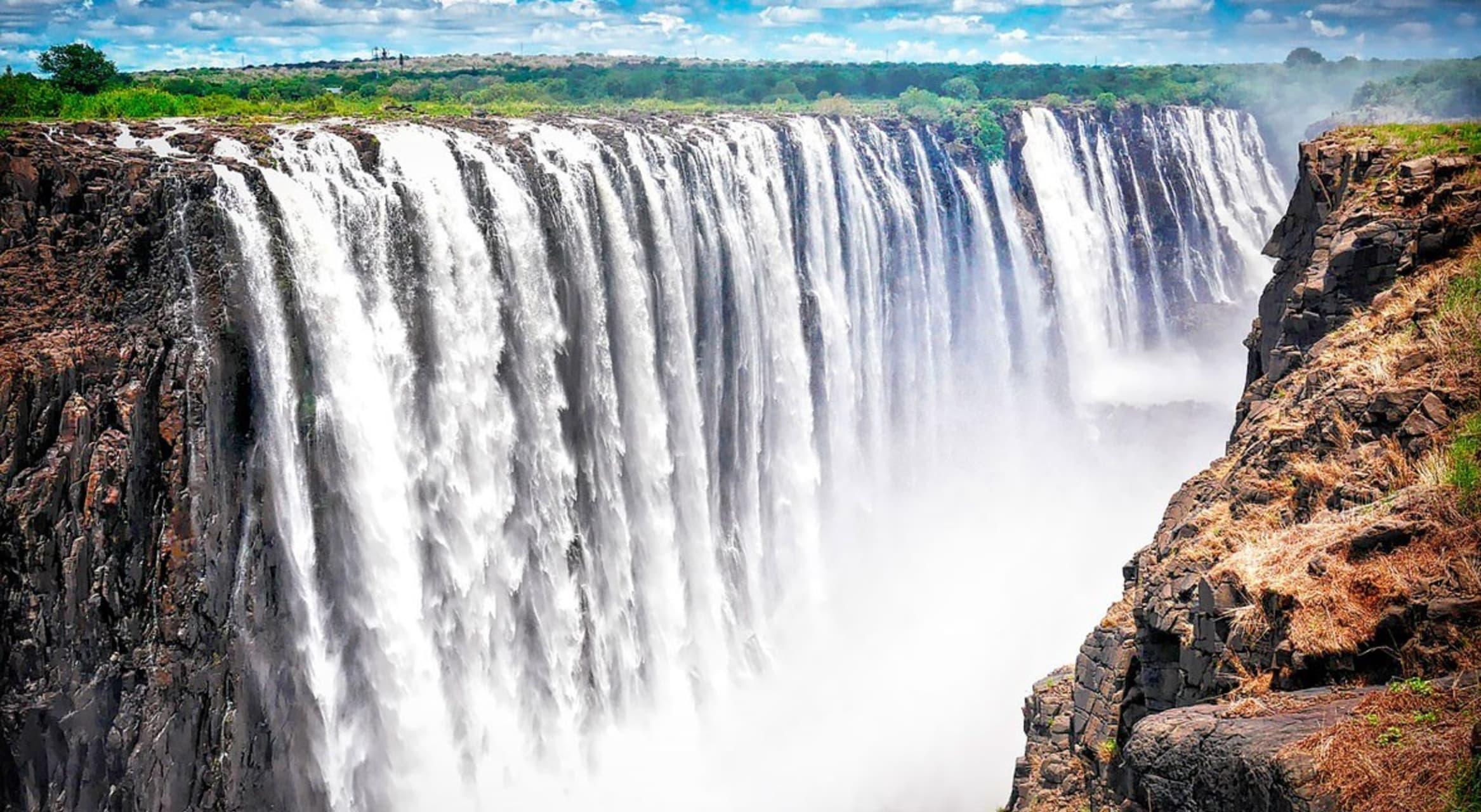Victoria Falls - The Mighty Victoria Falls
