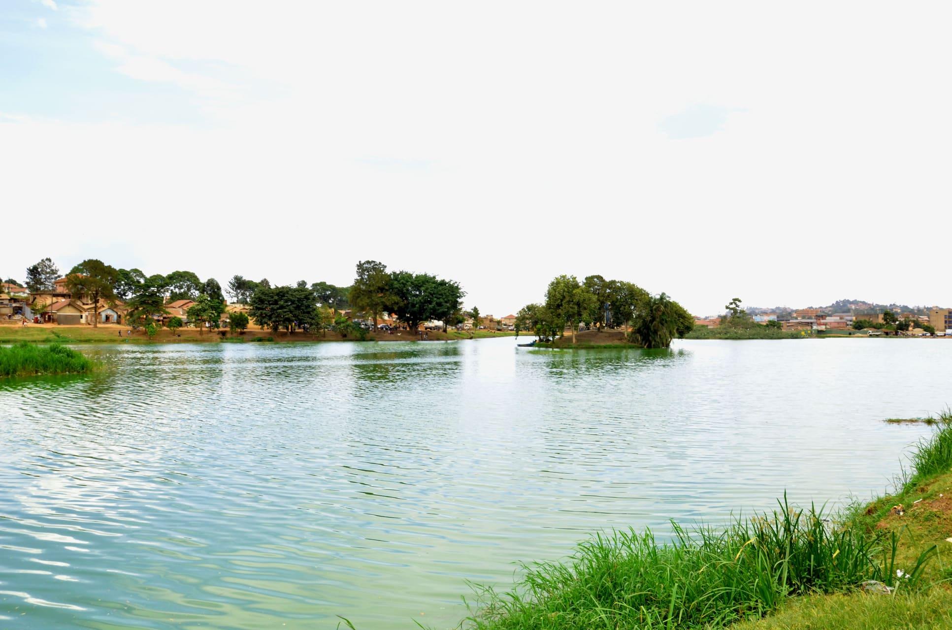 Kampala - Canoeing Around Kabaka's Lake