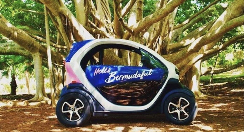Bermuda - Twizy Driving Tour of Bermuda