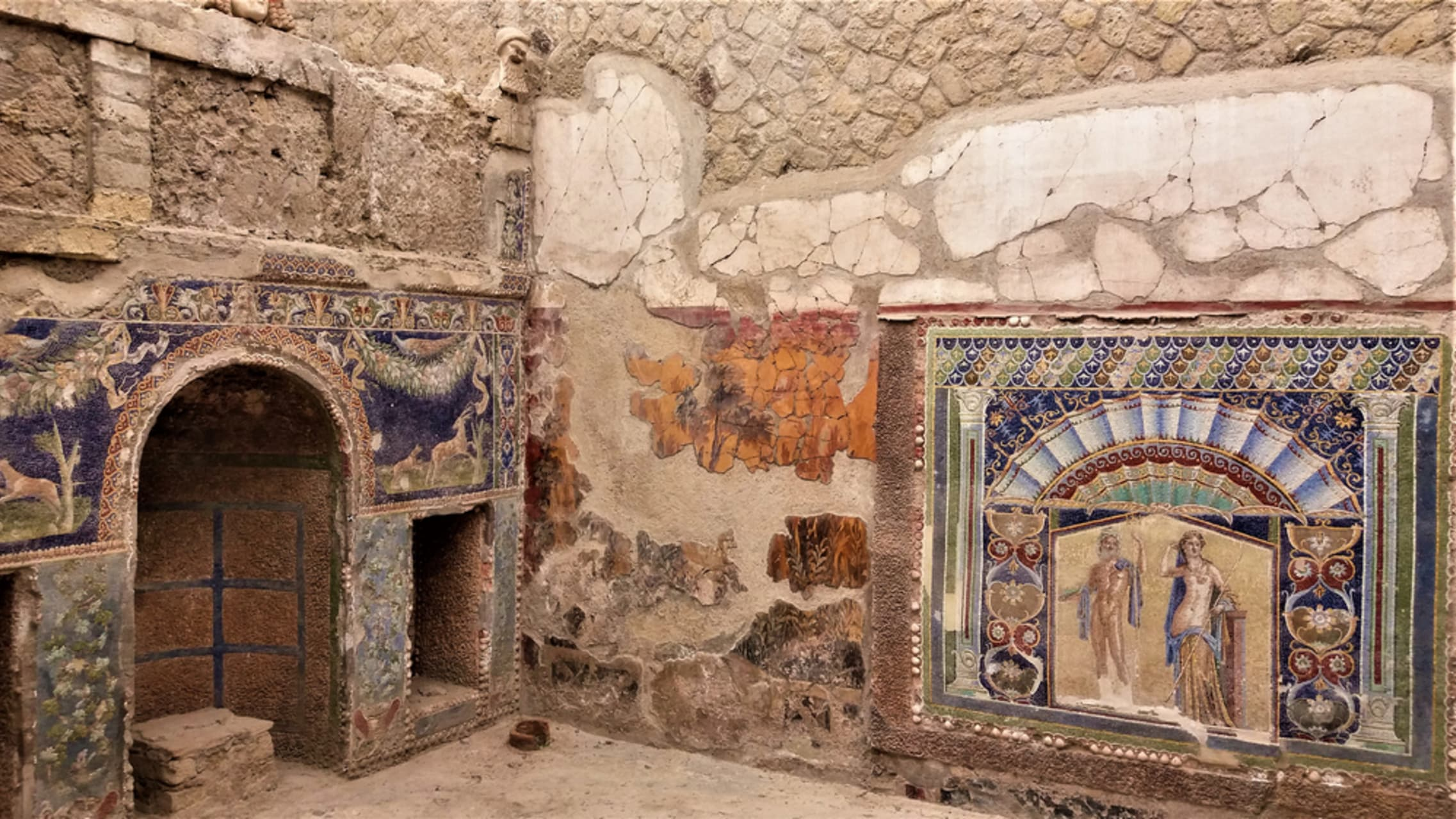 Pompeii and  Herculaneum - Herculaneum with Your Art Historian: The luxury of ornaments