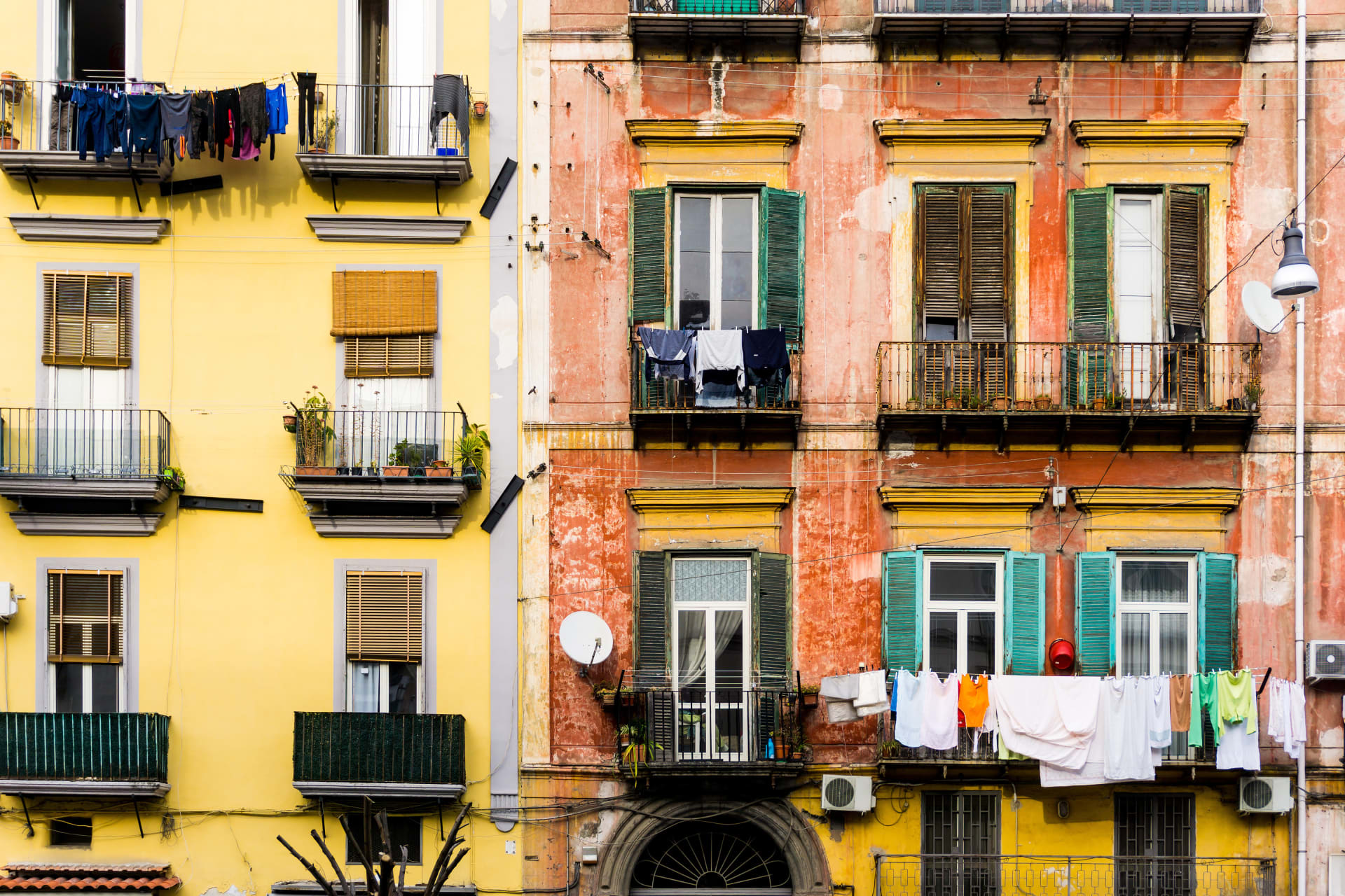 Naples - Elena Ferrante: My Brilliant Friend in Naples