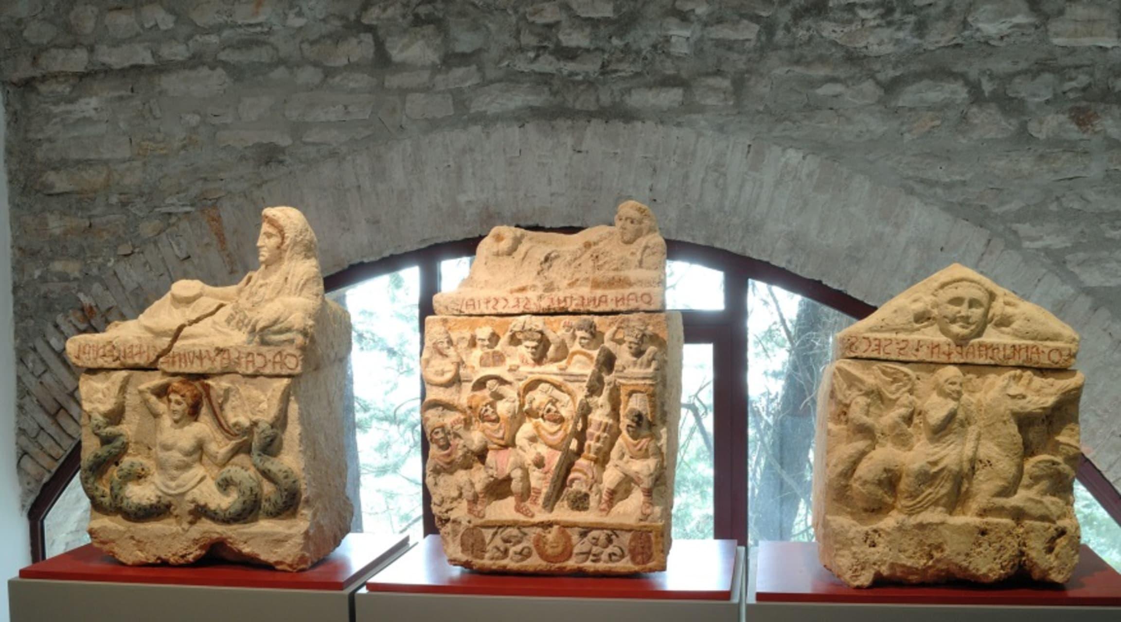 Umbria - Etruscan Tour - Visit of the Antiquarium in Corciano