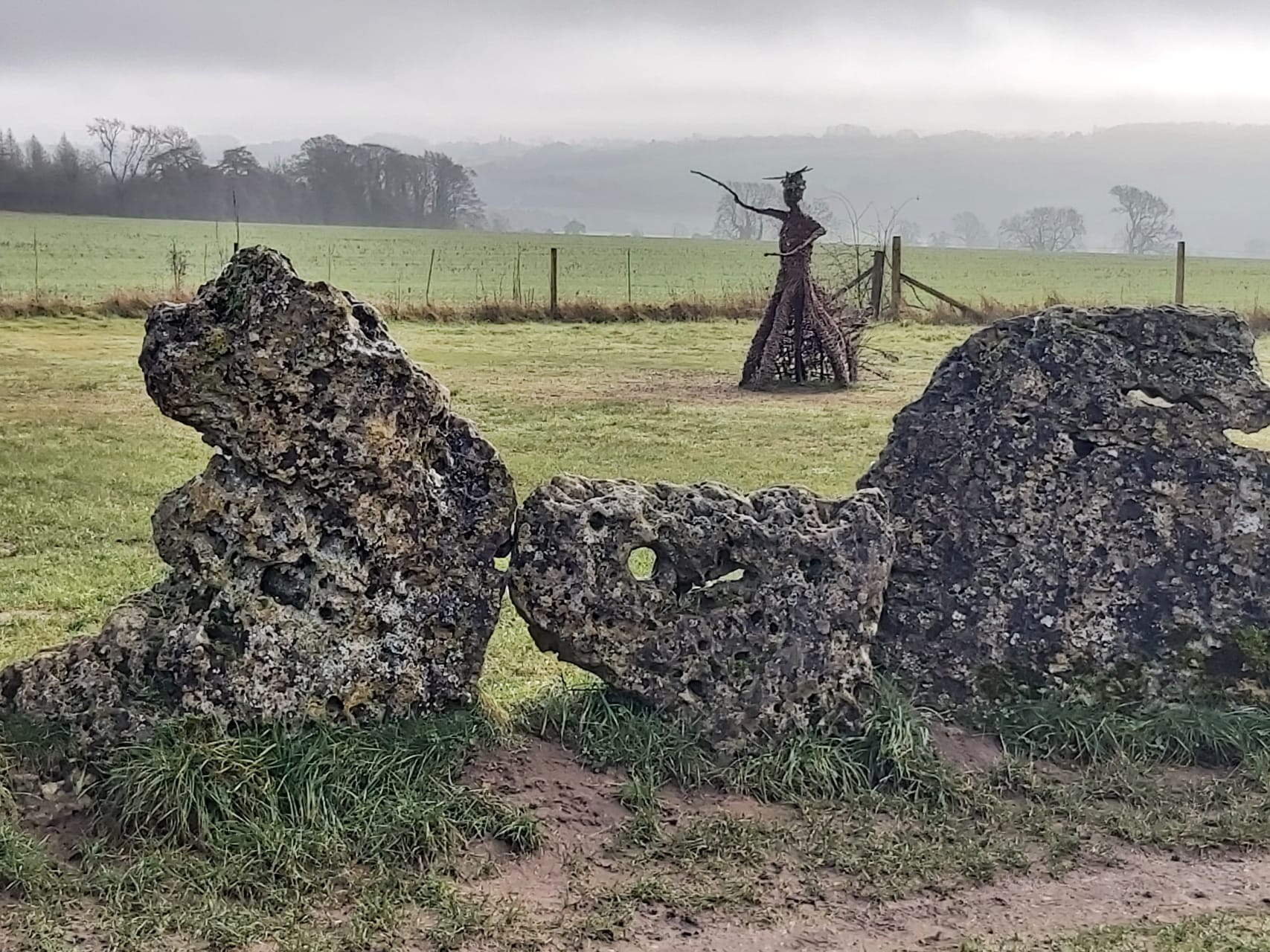 Cotswolds - Rollright Stones - Legends and Landscapes