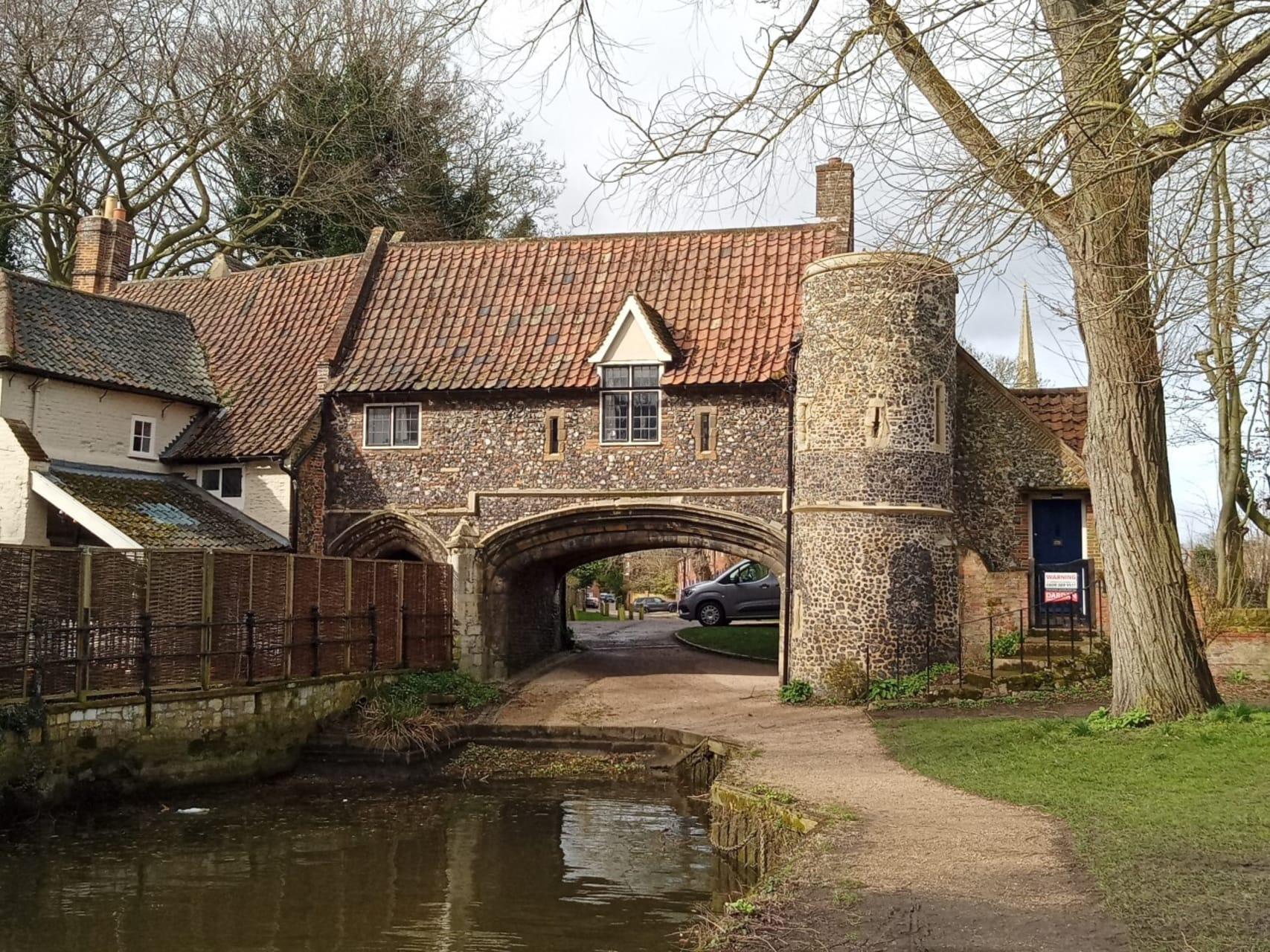 Norwich - Norwich Riverside Walk – Pull's Ferry to the Adam and Eve