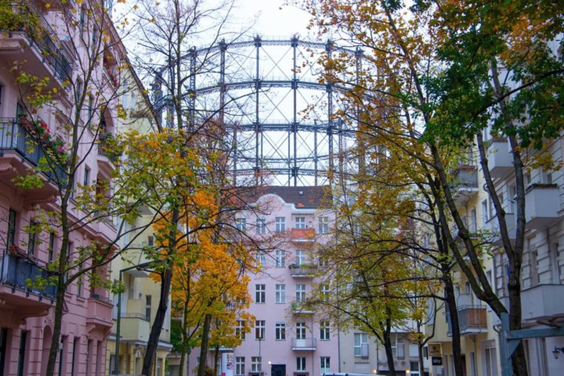 Berlin - The Red Island - Welcome to my Neighbourhood