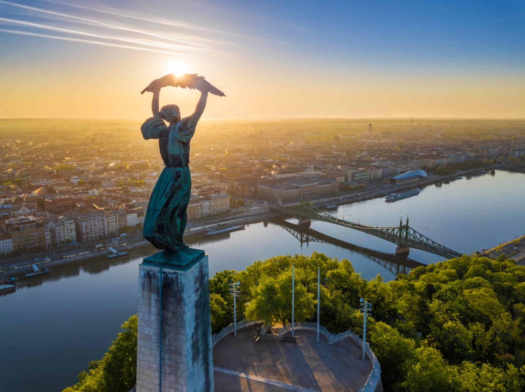 Budapest - A walk on Gellért Hill- Citadel- Experience Budapest from Above