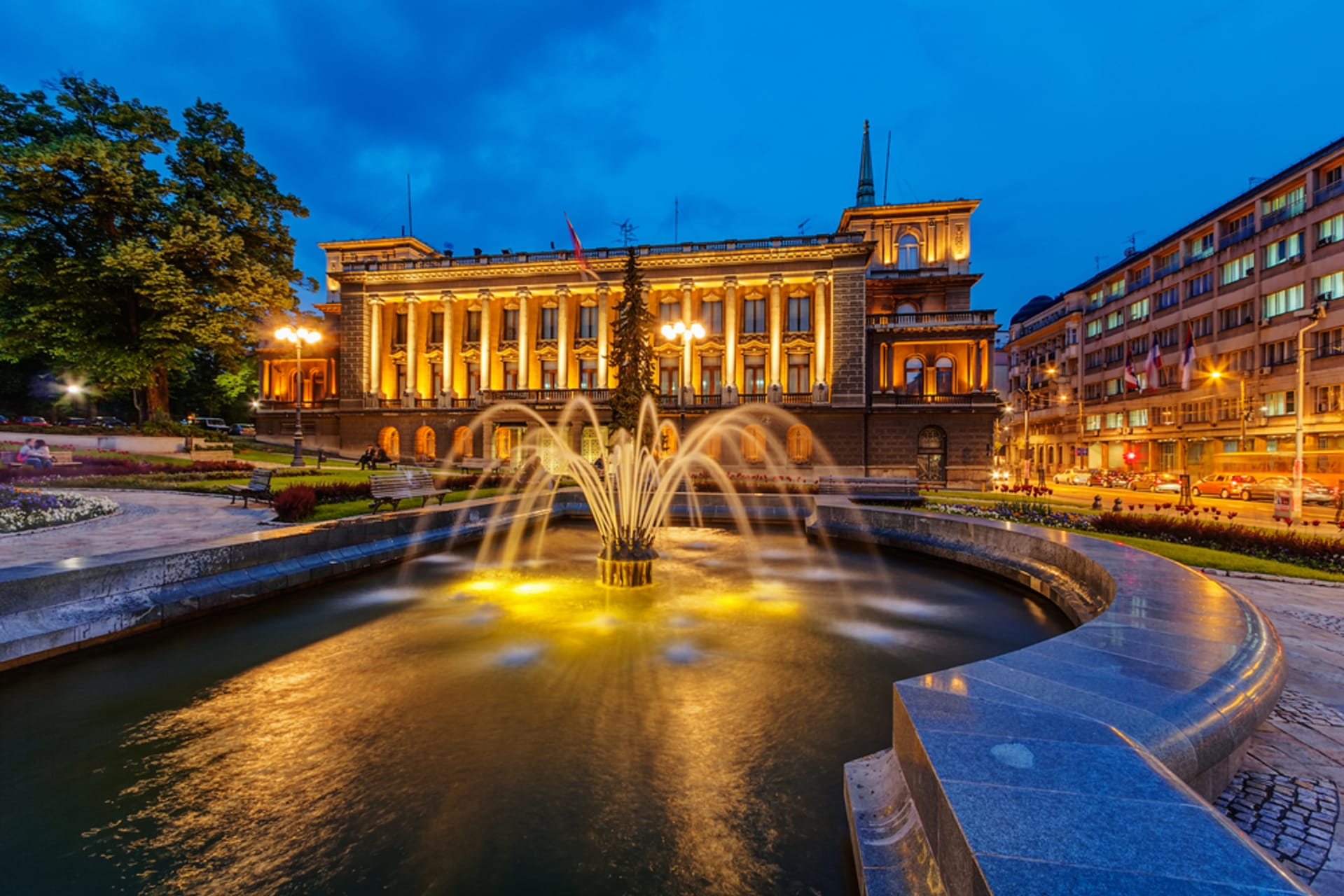 Belgrade - Evening Walk Through the Center of Belgrade - a Fusion of Light and Vibrant Atmosphere