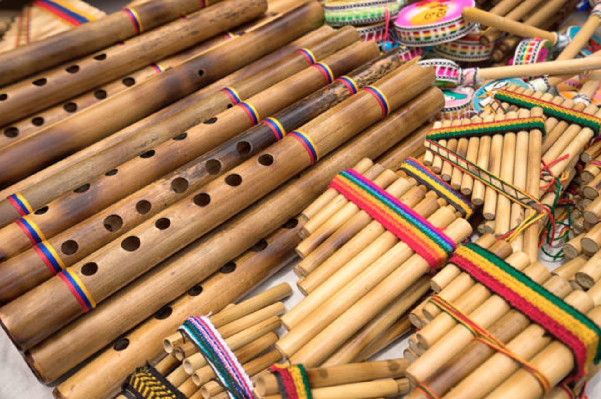 Otavalo - Andean Music Show & Musical Instrument Workshop