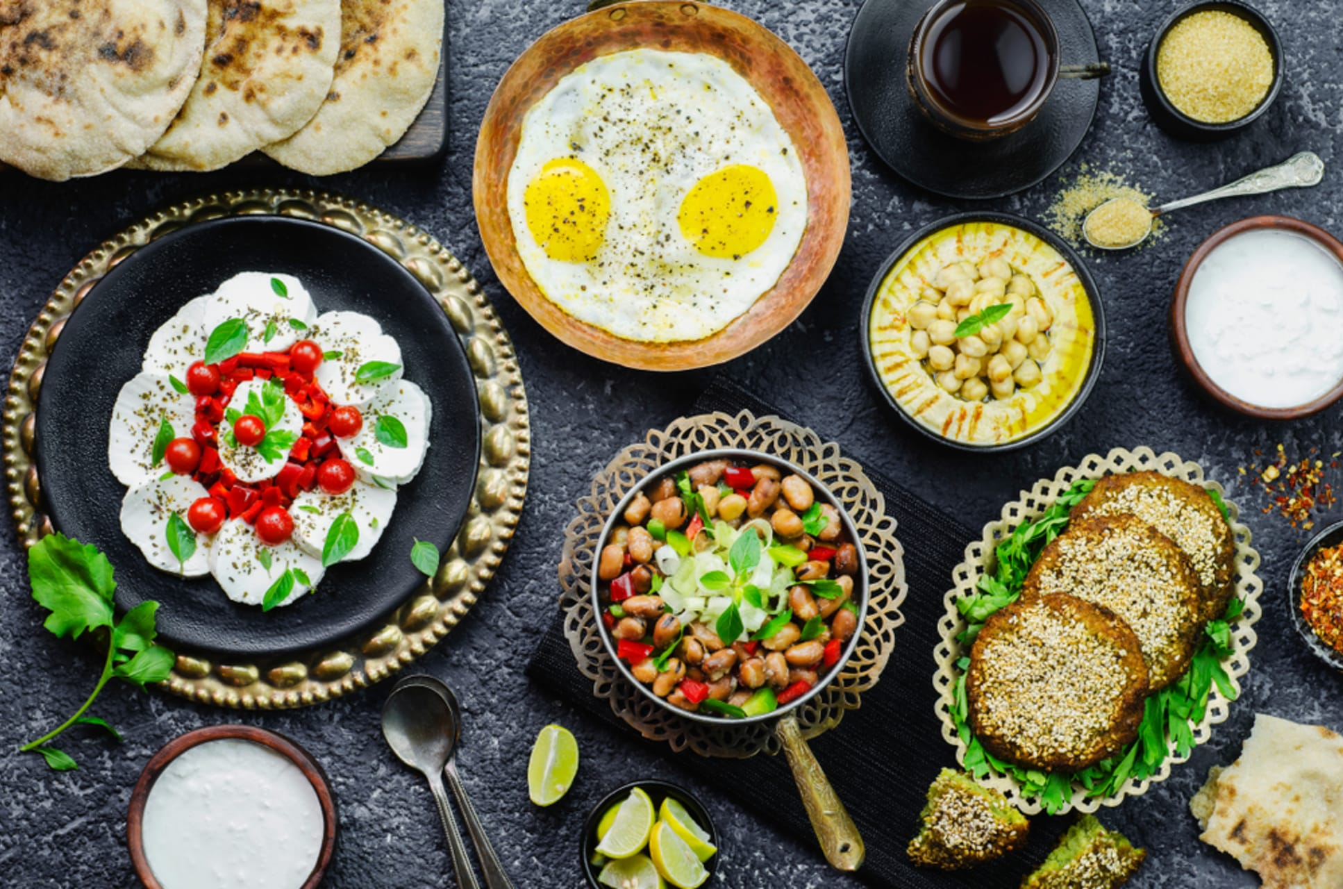 Luxor - Making an Egyptian breakfast