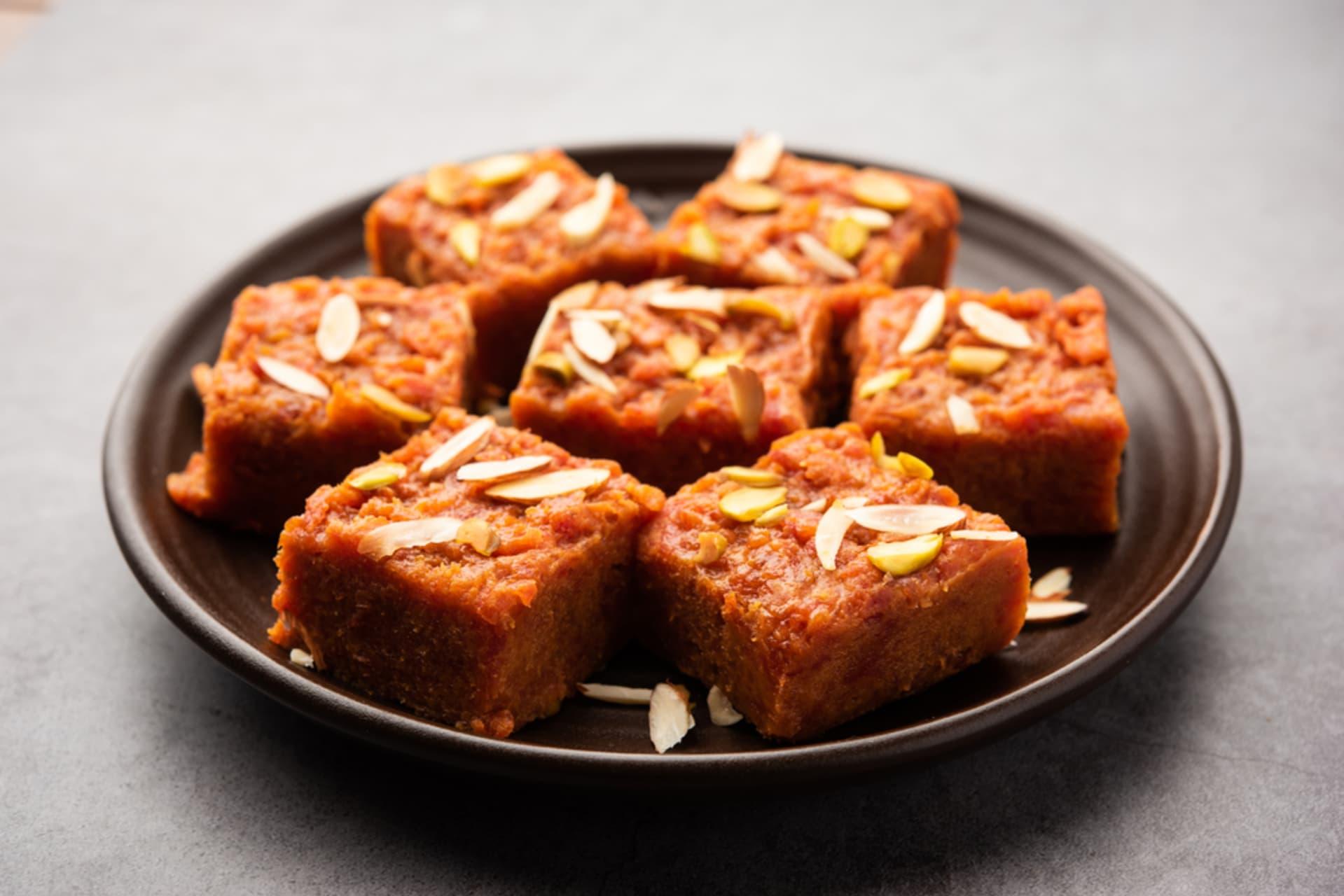 Kerala - Carrot Pudding (Cooking)