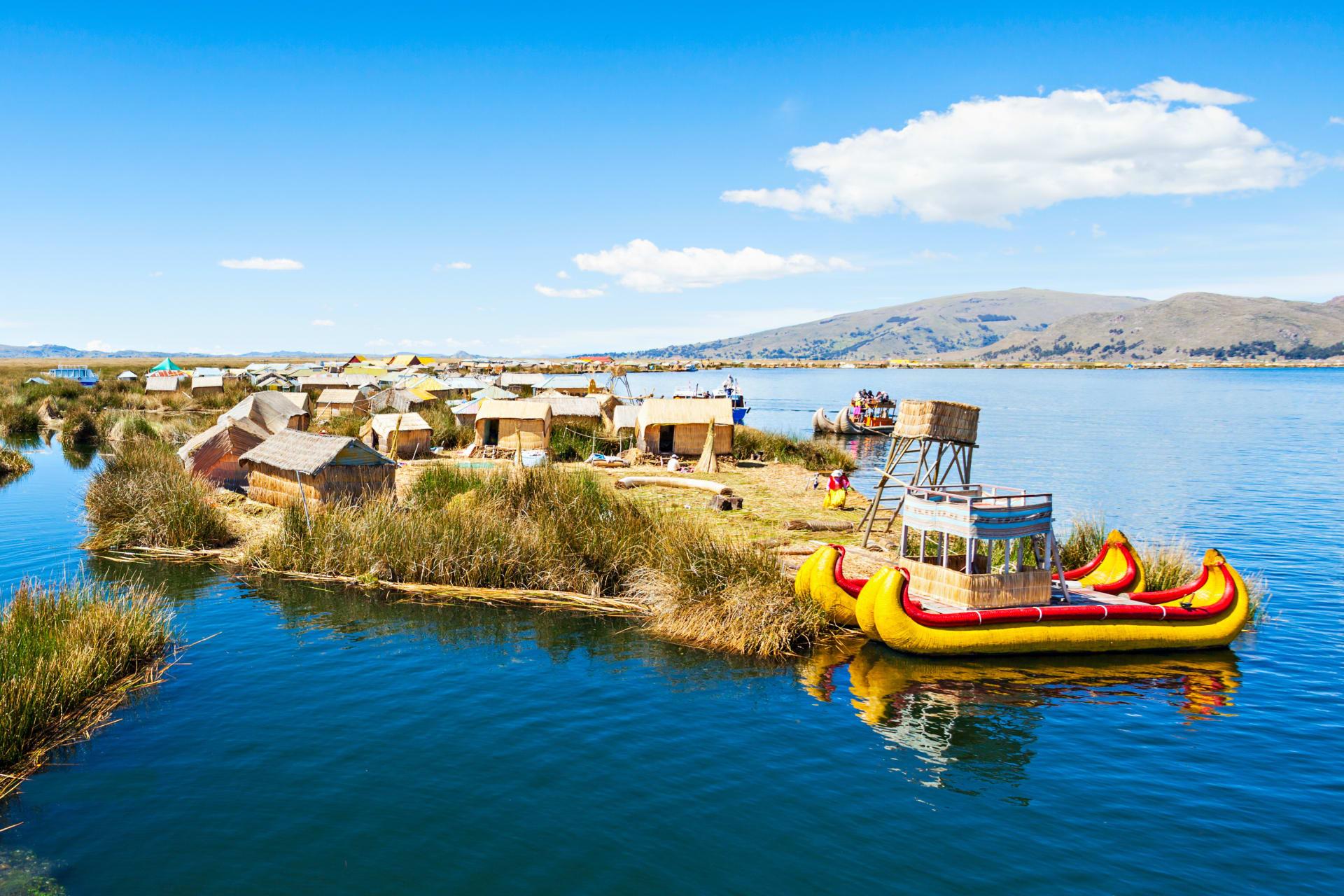Lake Titicaca - Peru - Lake Titicaca and its Man-made Floating Islands