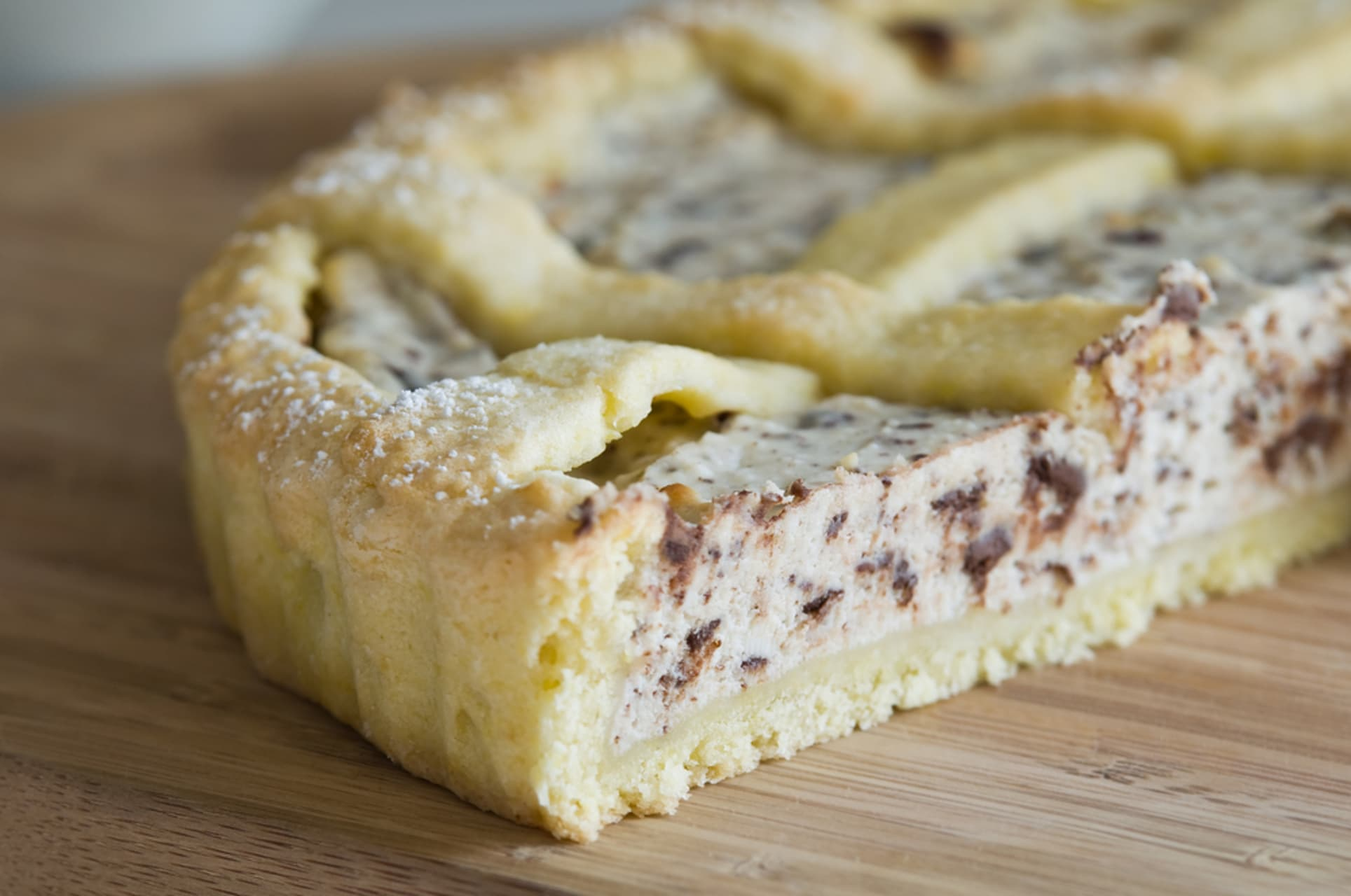 Rome - Ricotta crostata pie with chocolate chips