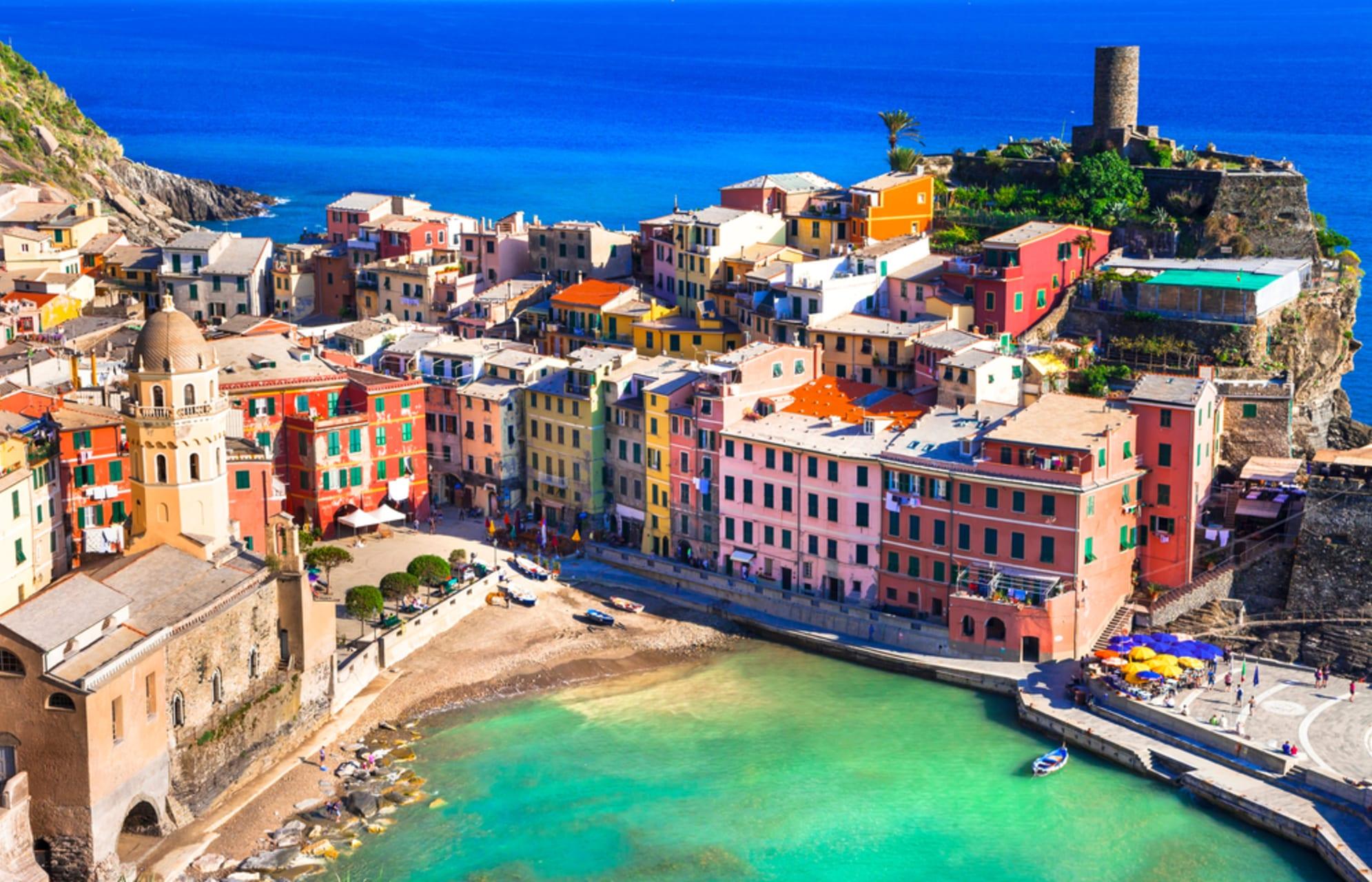 Cinque Terre & Portovenere - Vernazza - the bay of lovers and pirates