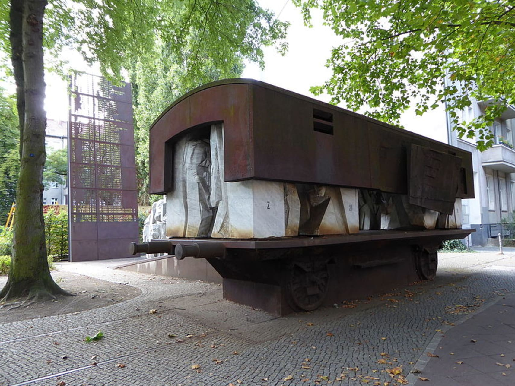 """Berlin - """"Learn From Tragedy"""" - A Visit to the Memorial of the Levetzow Strasse Synagogue"""