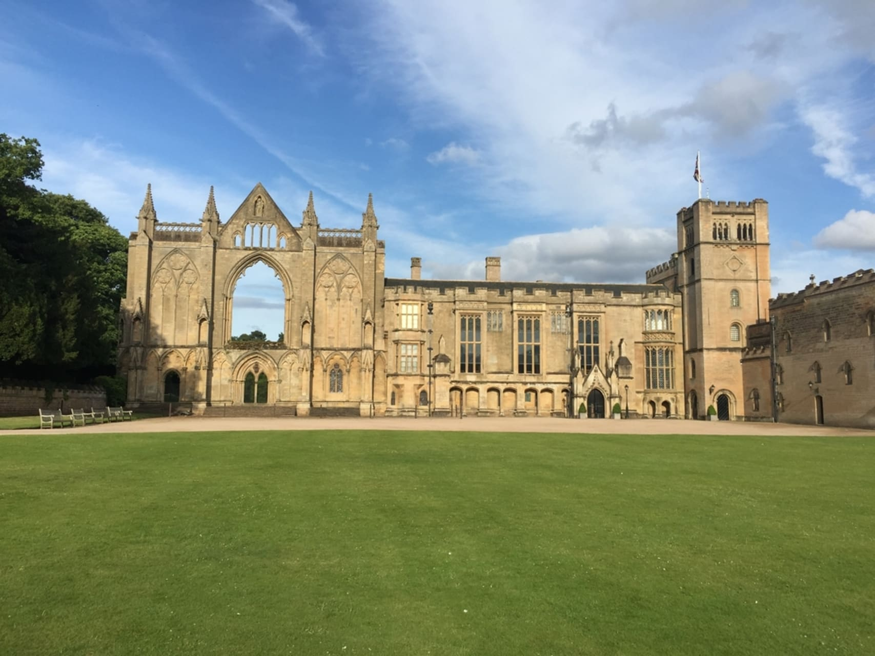 Nottingham - Newstead Abbey - The Home of Lord Byron