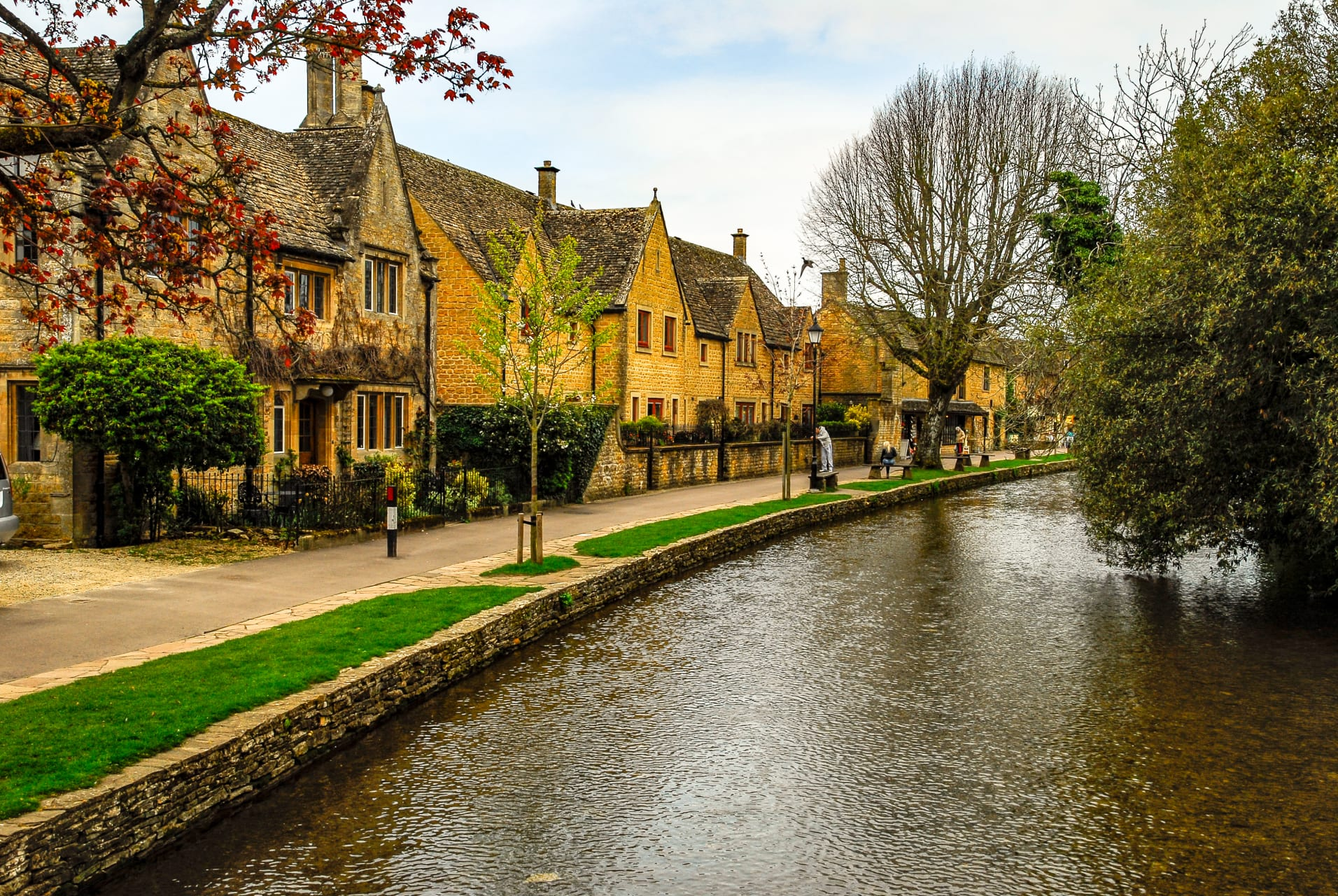 Cotswolds - The Golden Cotswolds - Bourton-on-the-Water