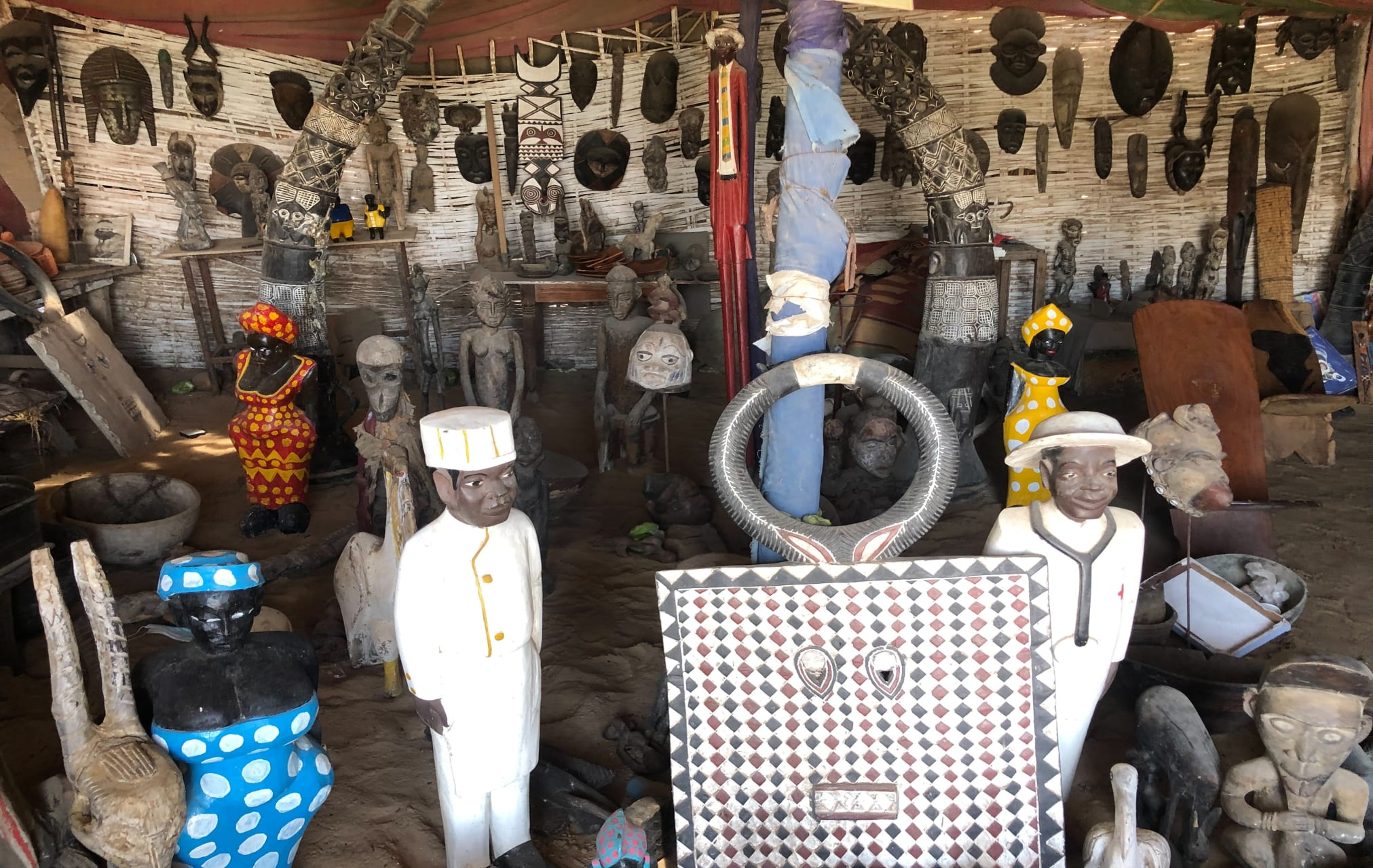 St Louis, Senegal - Discovering a Talented Sculptor From St. Louis