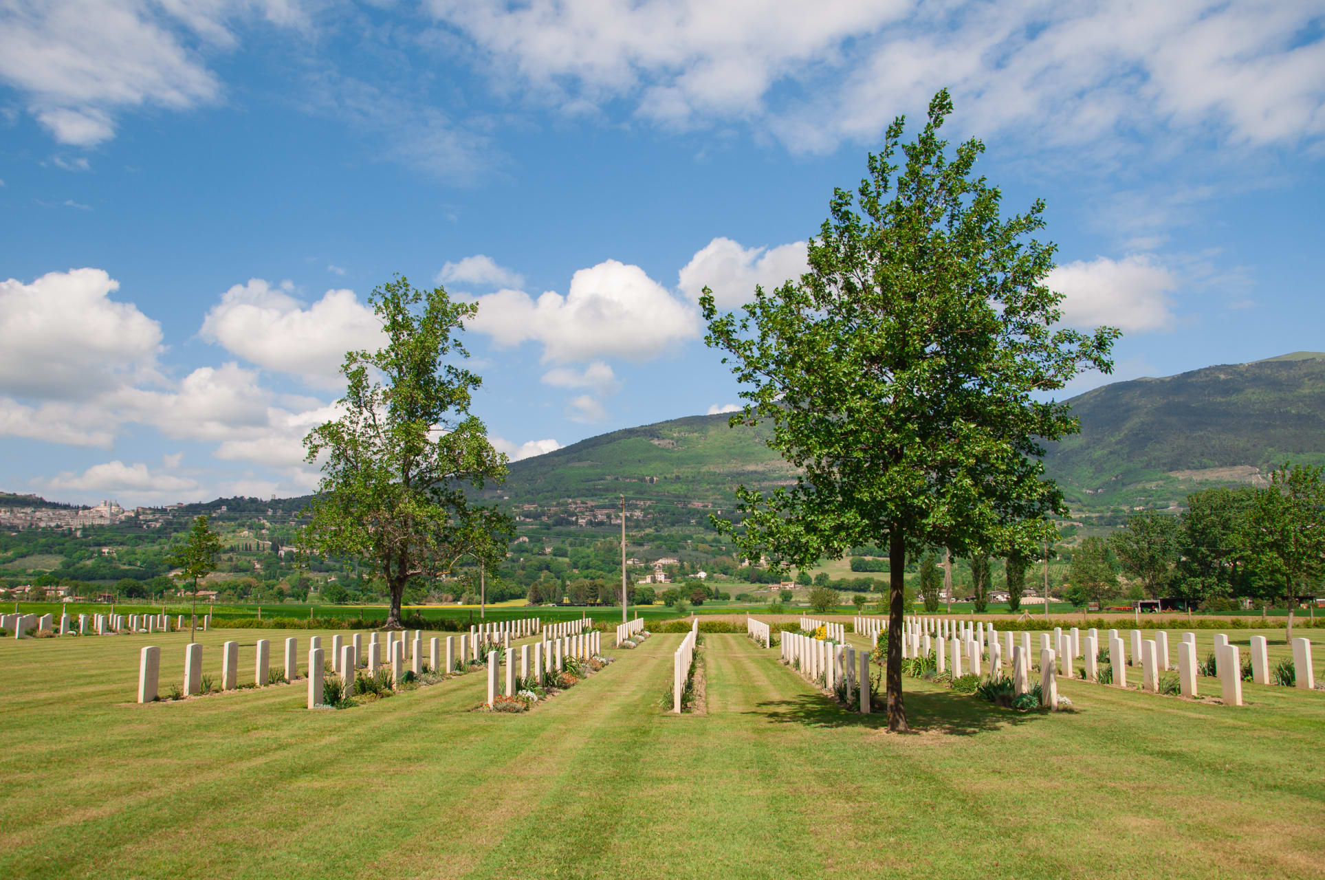 Assisi - The War Cemetery - Second World War in Italy