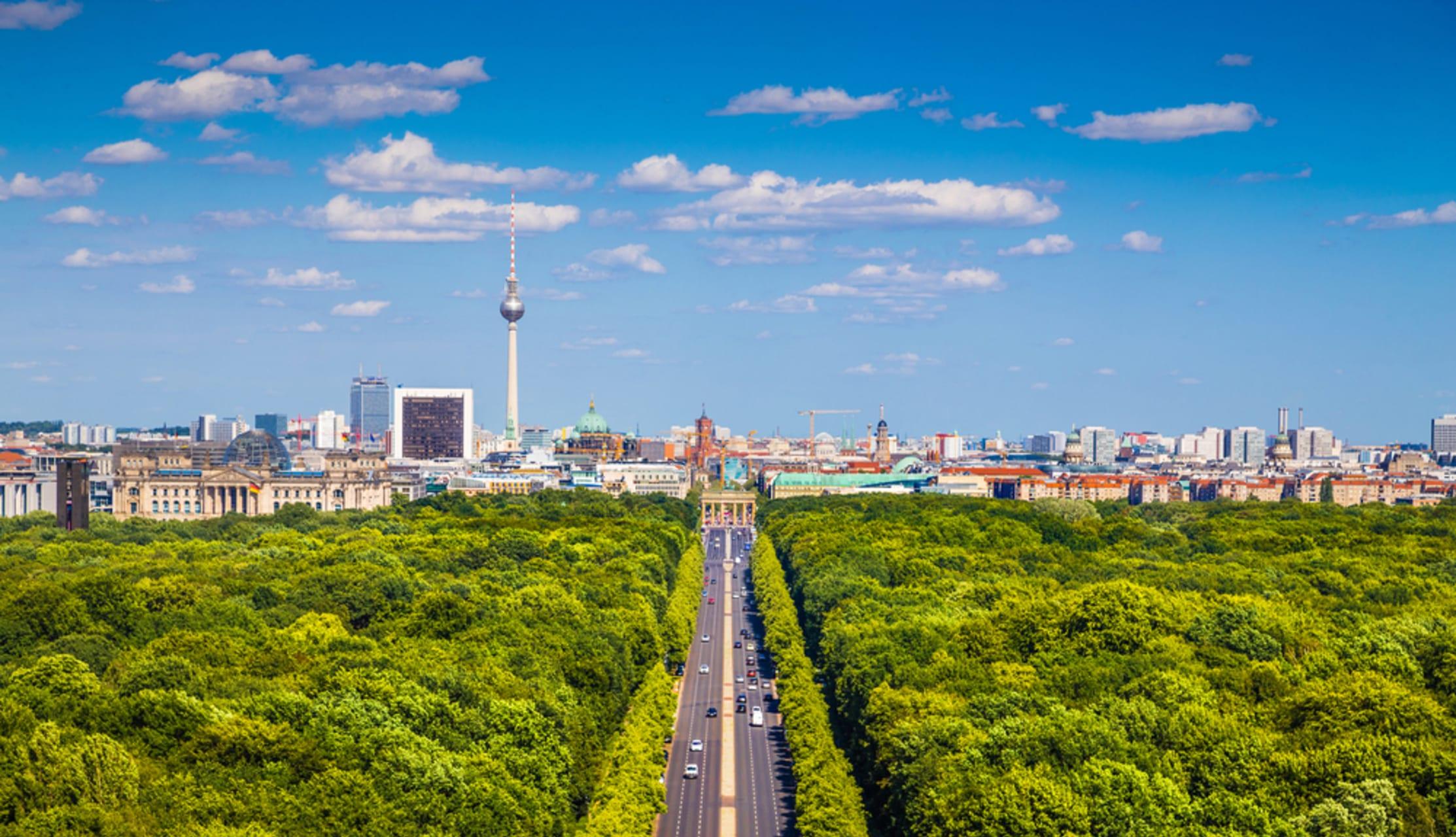 Berlin - A walk through the Tiergarten