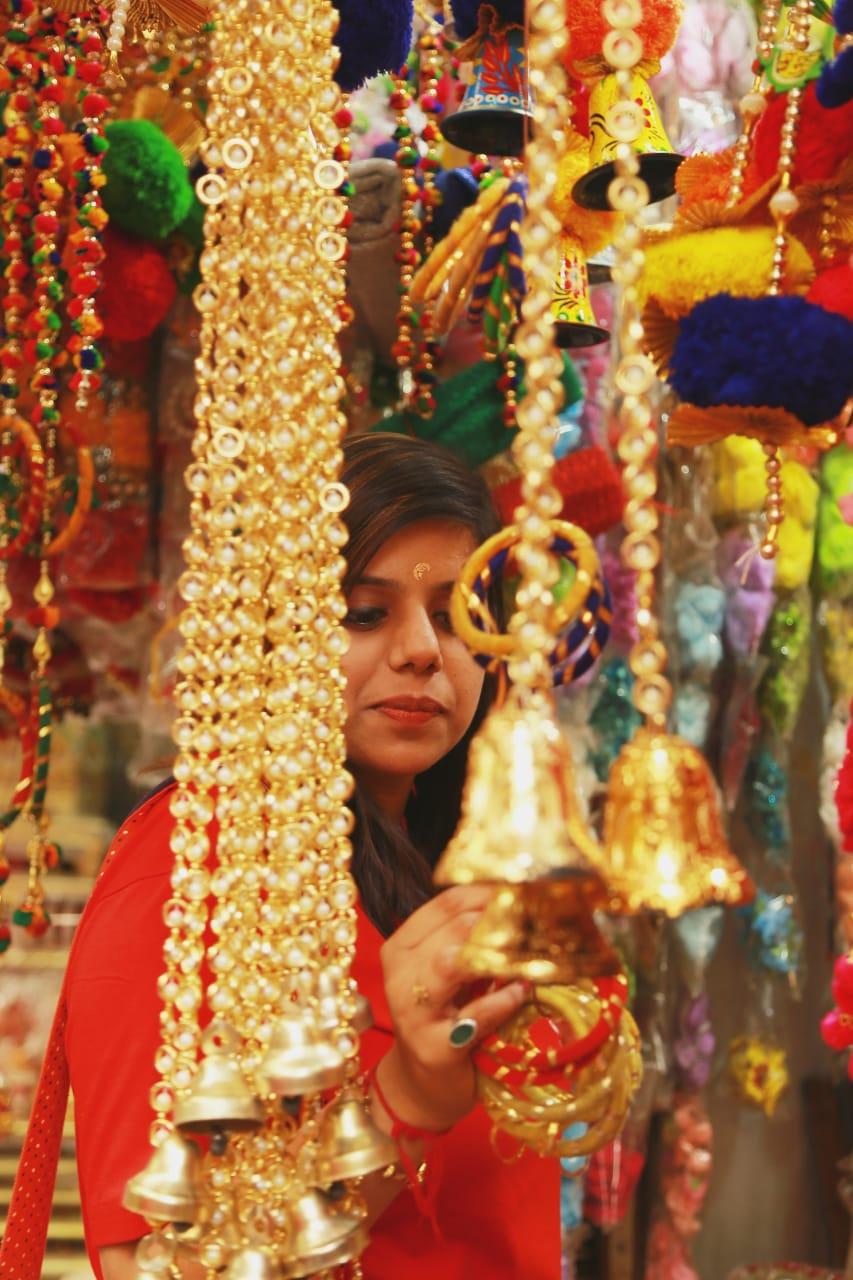 Delhi - It's Diwali Time - Festival of Lights