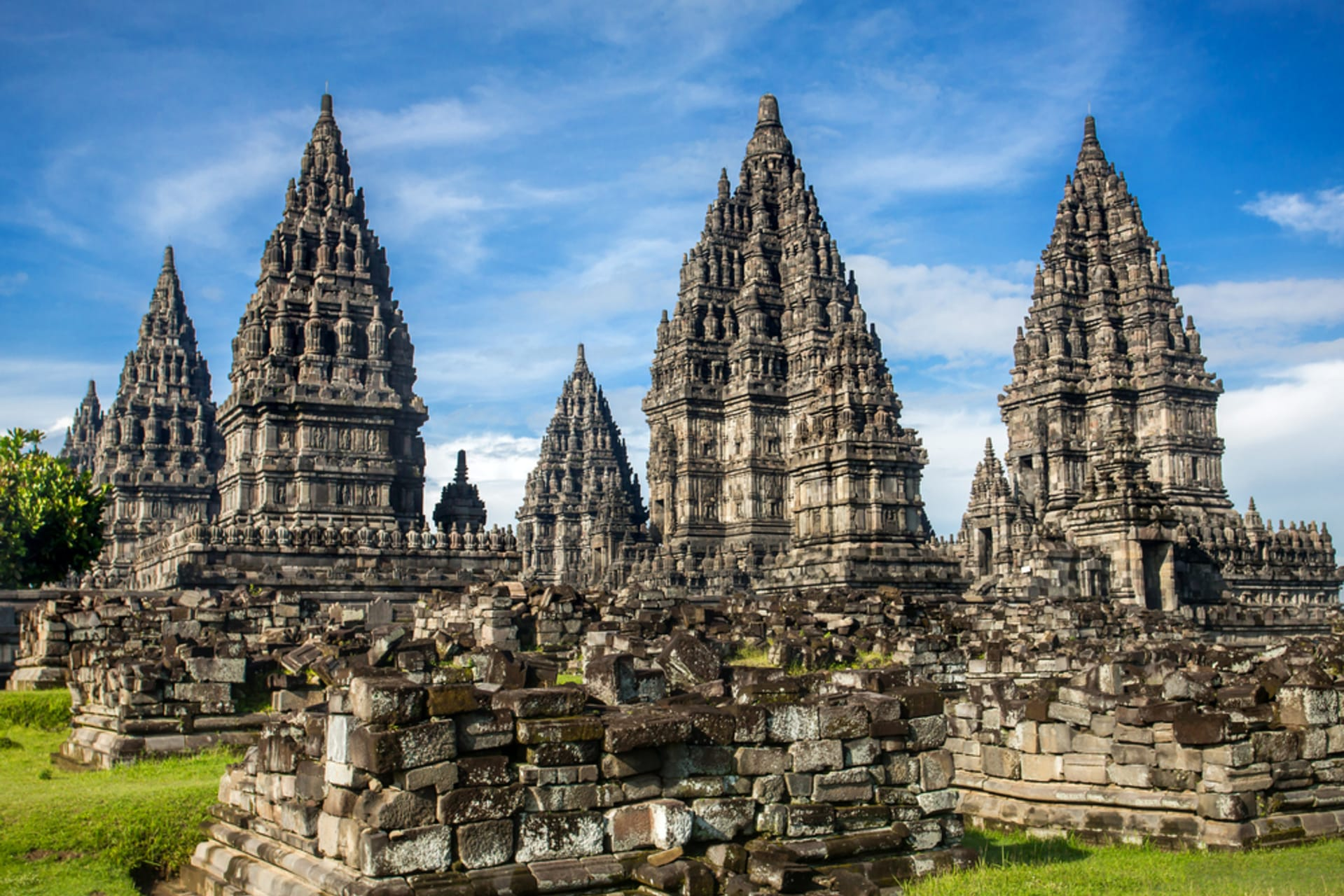Yogyakarta - UNESCO World Heritage: Majestic Prambanan Temple