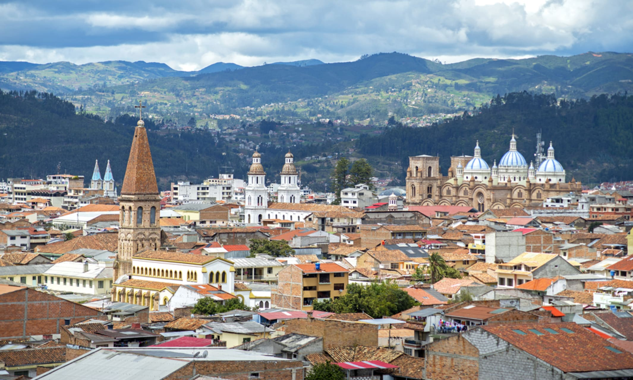 Quito - Cuenca Beautiful The city of Ecuador