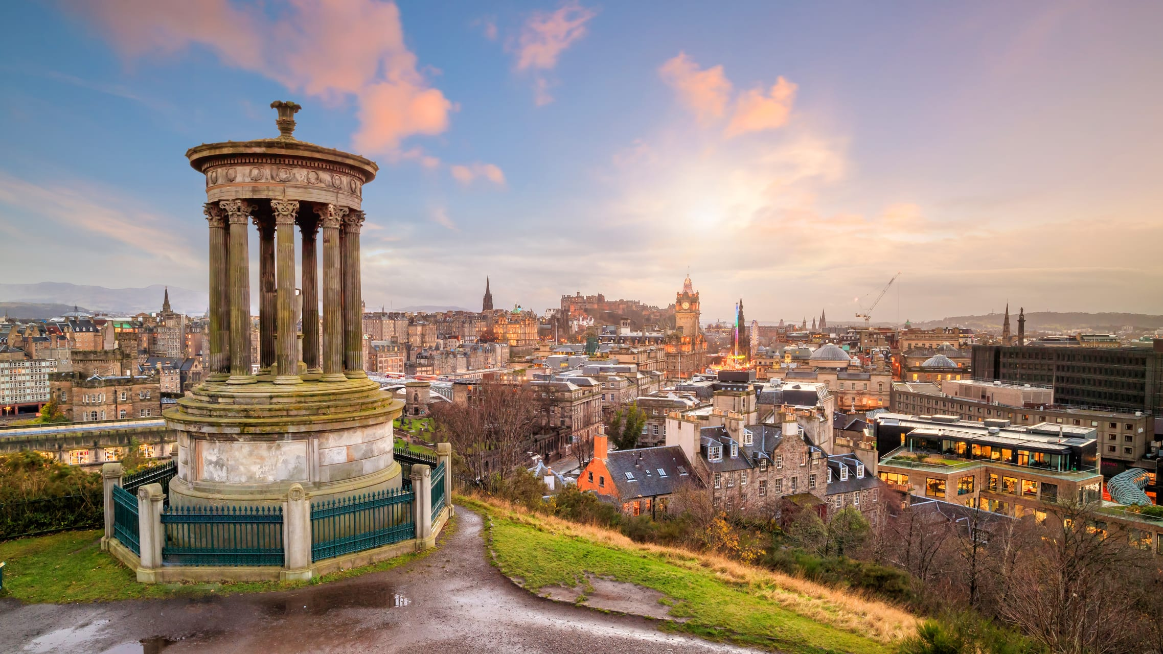 Edinburgh - Calton Hill at Sunset with Invisible Cities and Special Guest Charley London