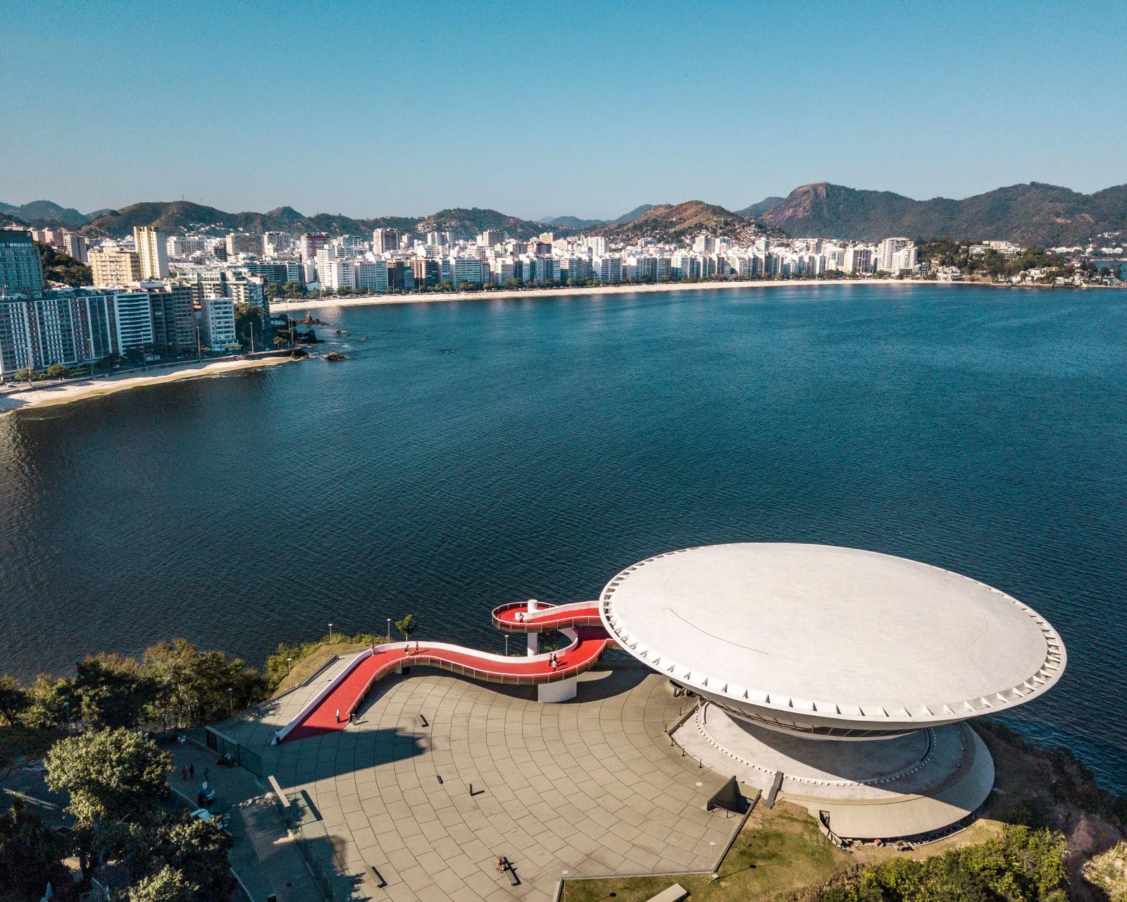 Rio de Janeiro - Niterói Contemporary Art Museum / Oscar Niemeyer
