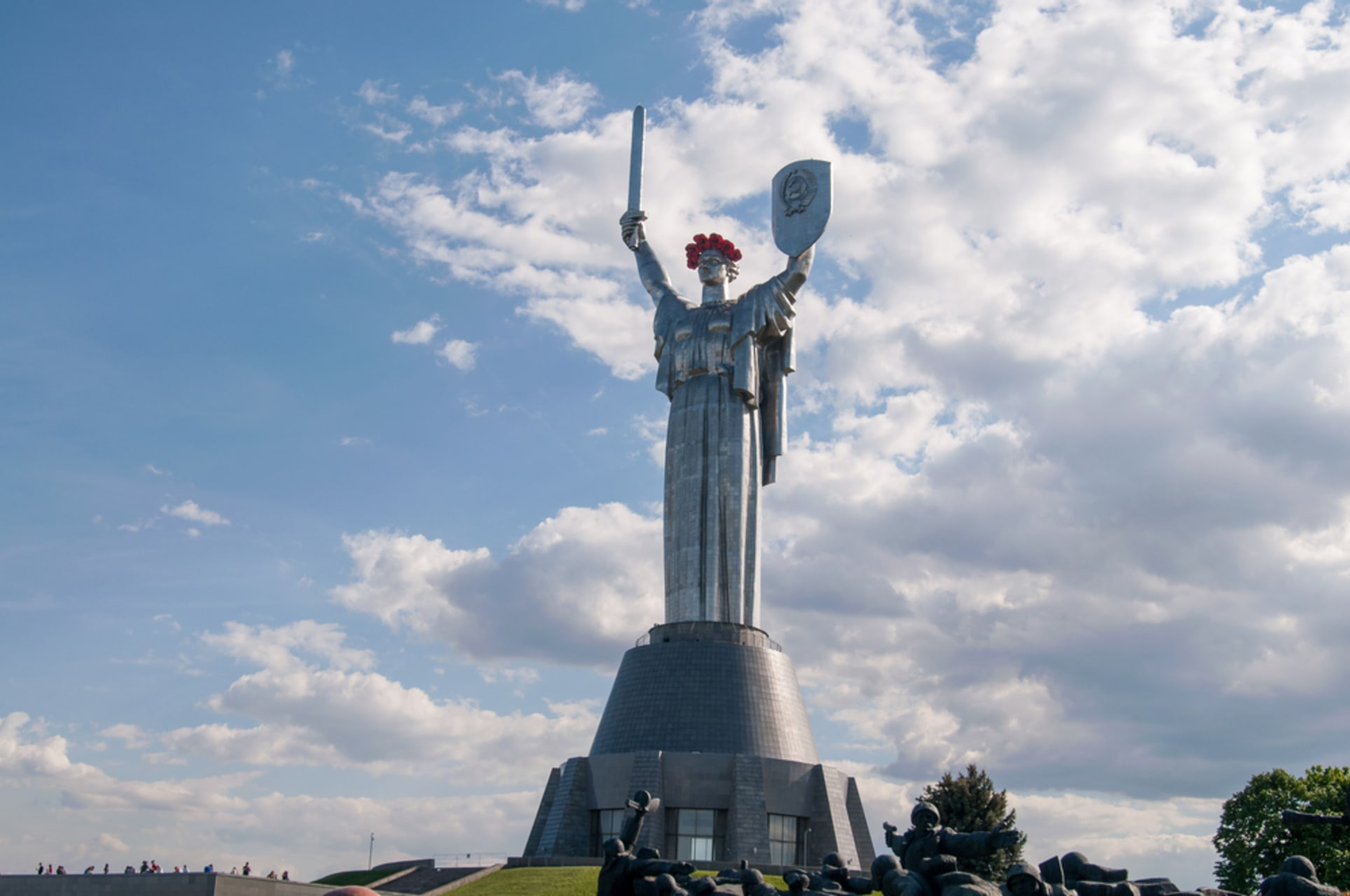 Kyiv - Flower Tale and Gigantic Motherland Monument