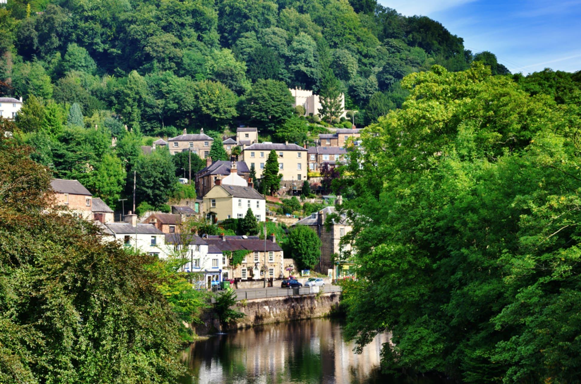 Peak District - Matlock Bath - English Riverside Resort