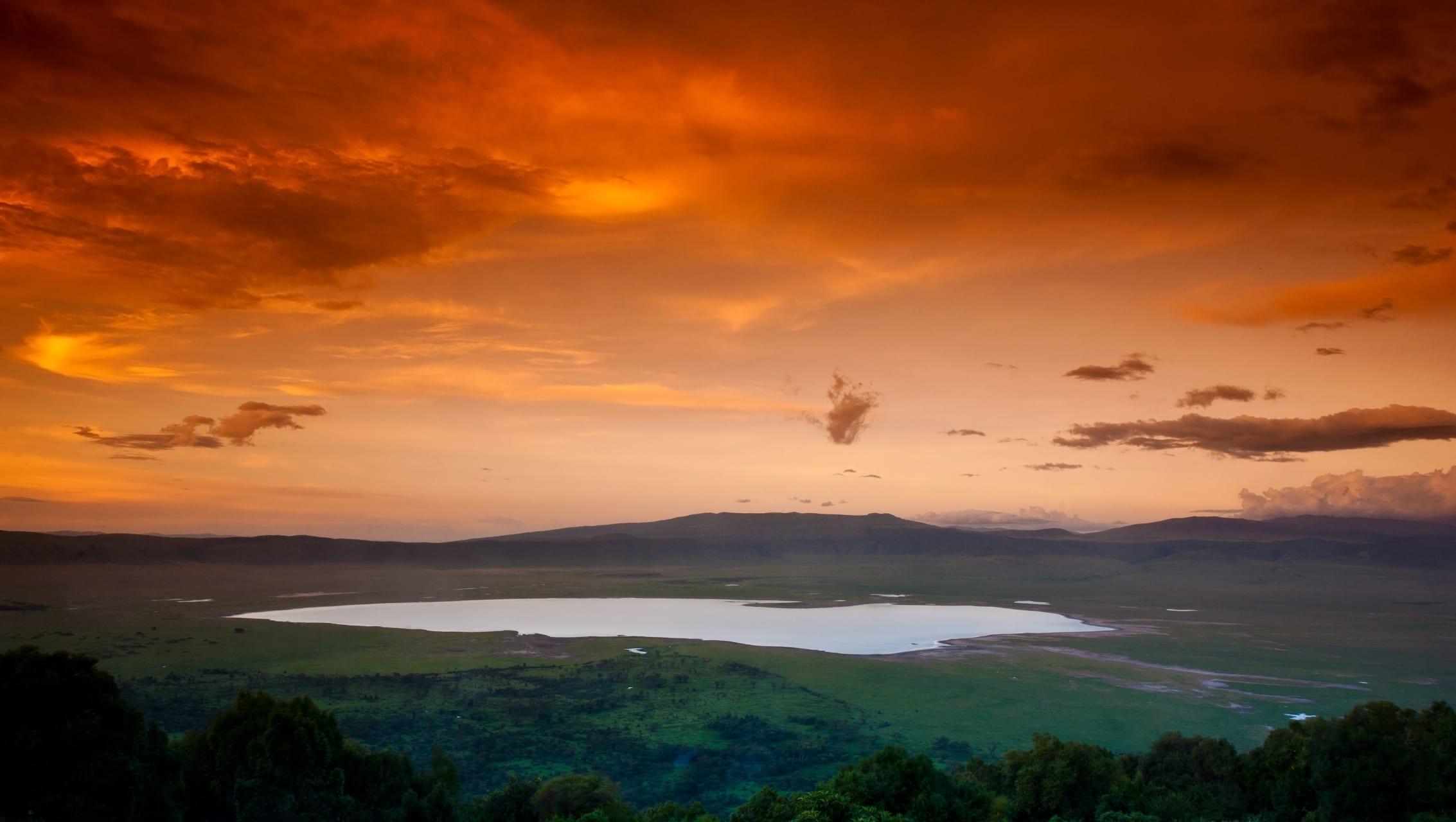 Ngorongoro - Ngorongoro Sunset