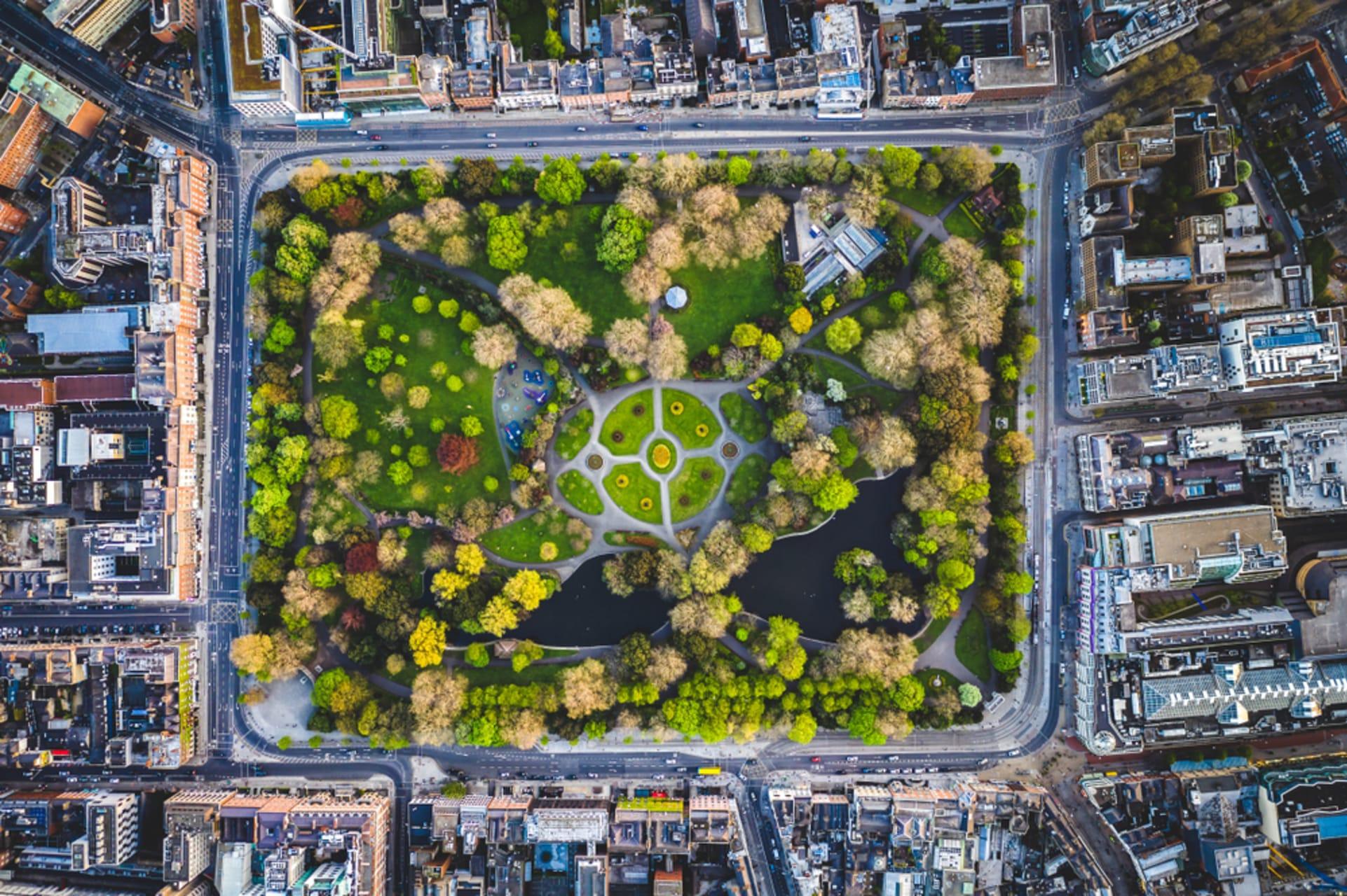 Dublin - Stephens Green - Dublin's oldest and most popular City Park