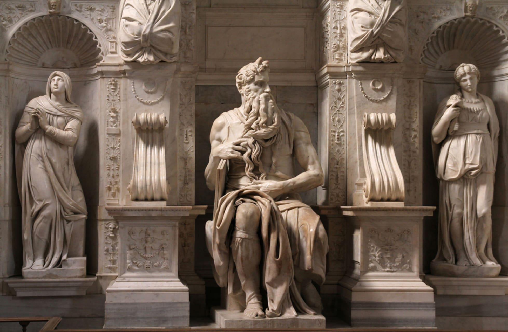 Rome - Saint Peter in Chains; the Moses by Michelangelo and the Surrounding area
