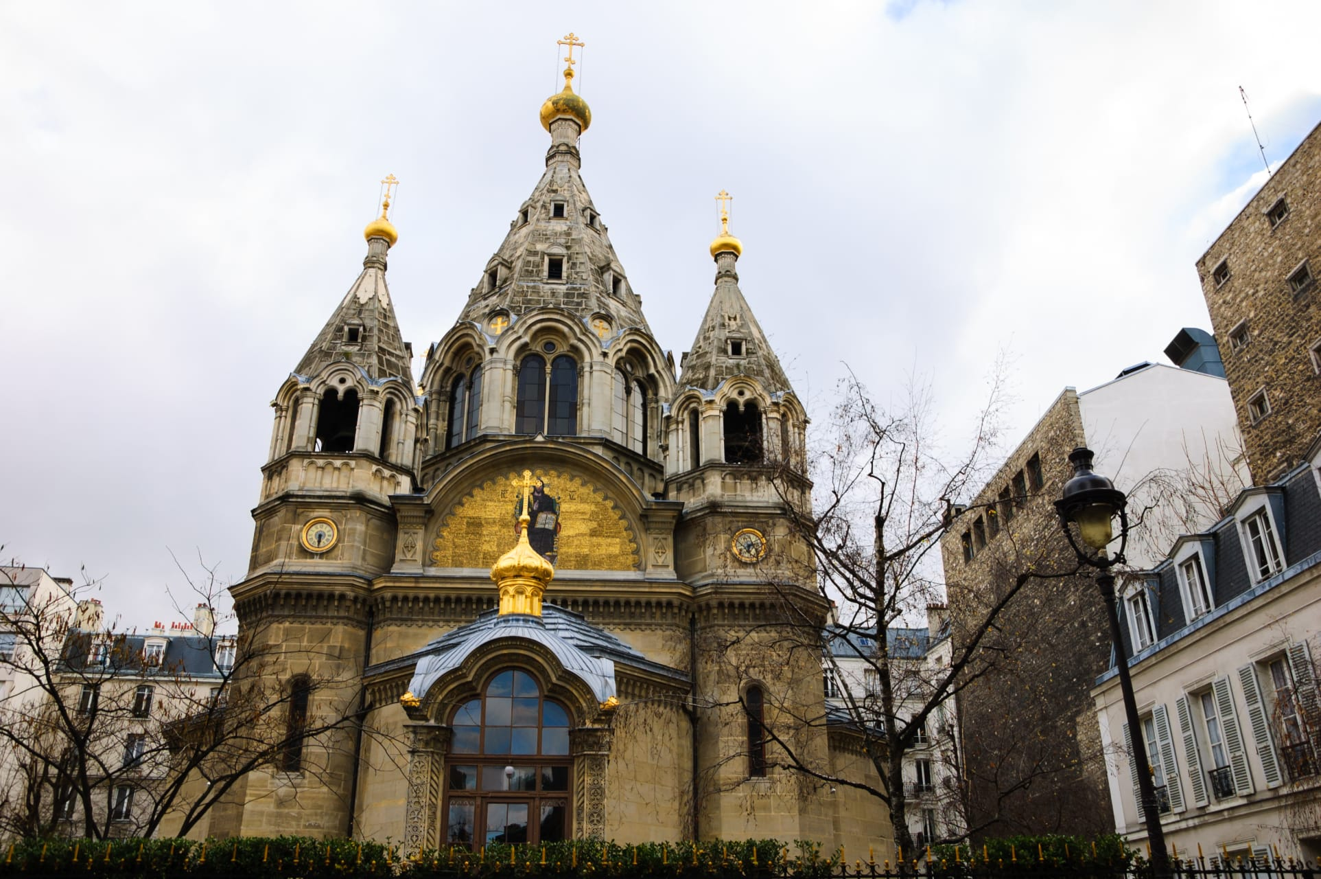 Paris - 10 Most Incredible Churches in Paris: N°10 The Russian Cathedral of Saint Alexander Nevsky