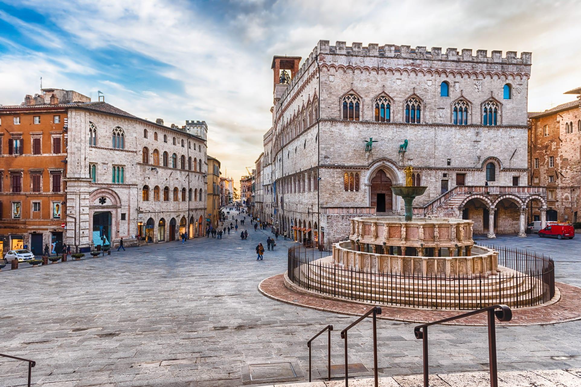 Perugia - Pérouse- La Ville du Griffon (TOUR IN FRENCH)