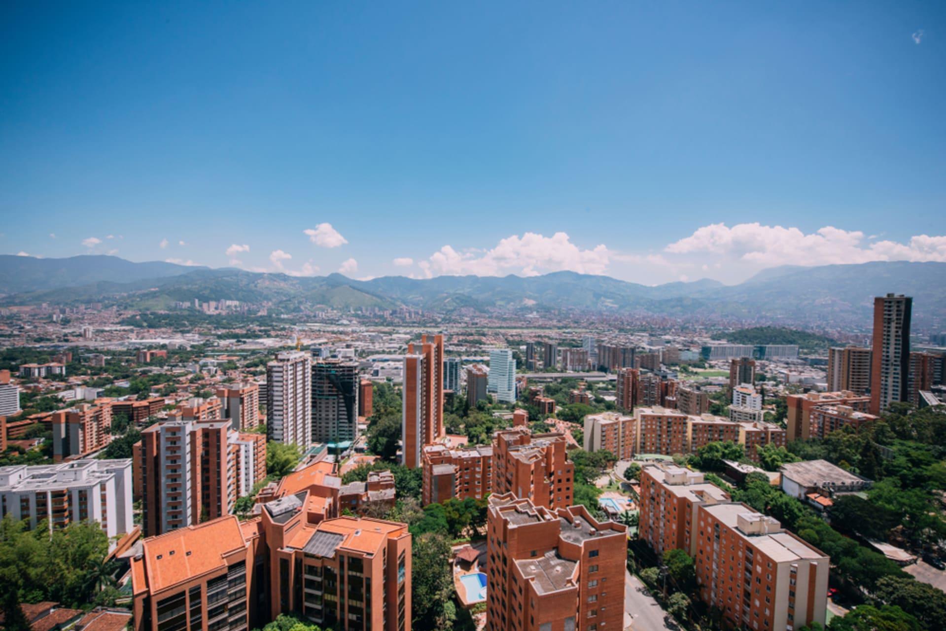 Medellín - Walking around Medellín Neighborhoods