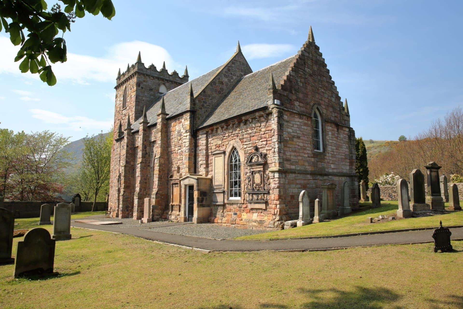 Edinburgh - Duddingston Village: An Edinburgh Hidden Gem