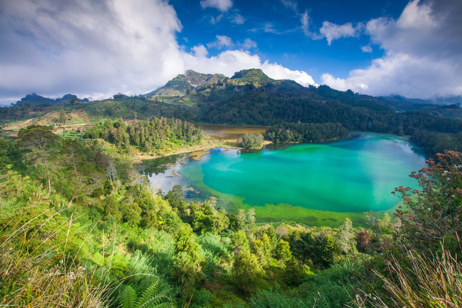 Wonosobo - Dieng's Color-Changing Lake