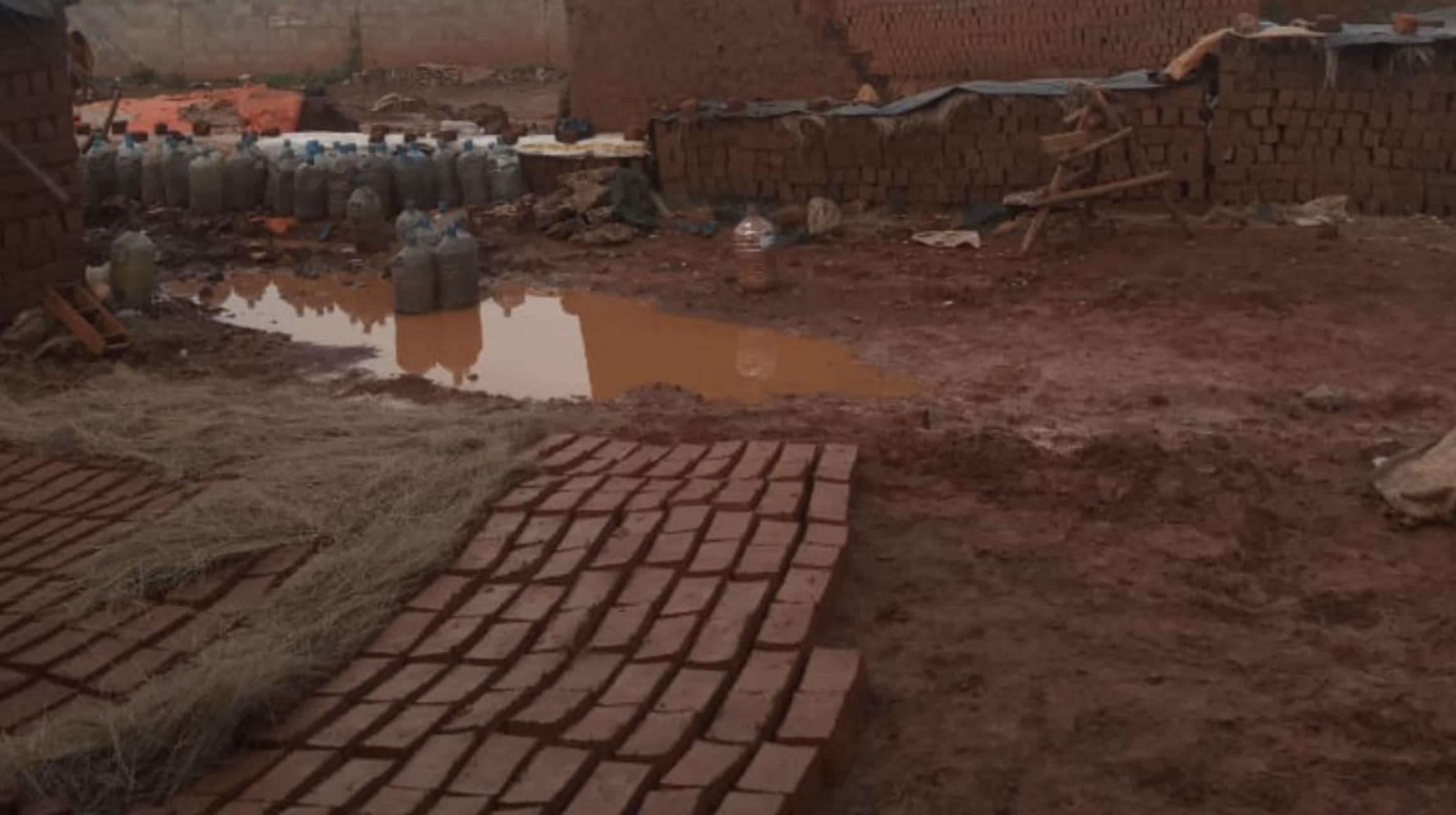 Kampala - UG Building Materials I: Making Housing Bricks