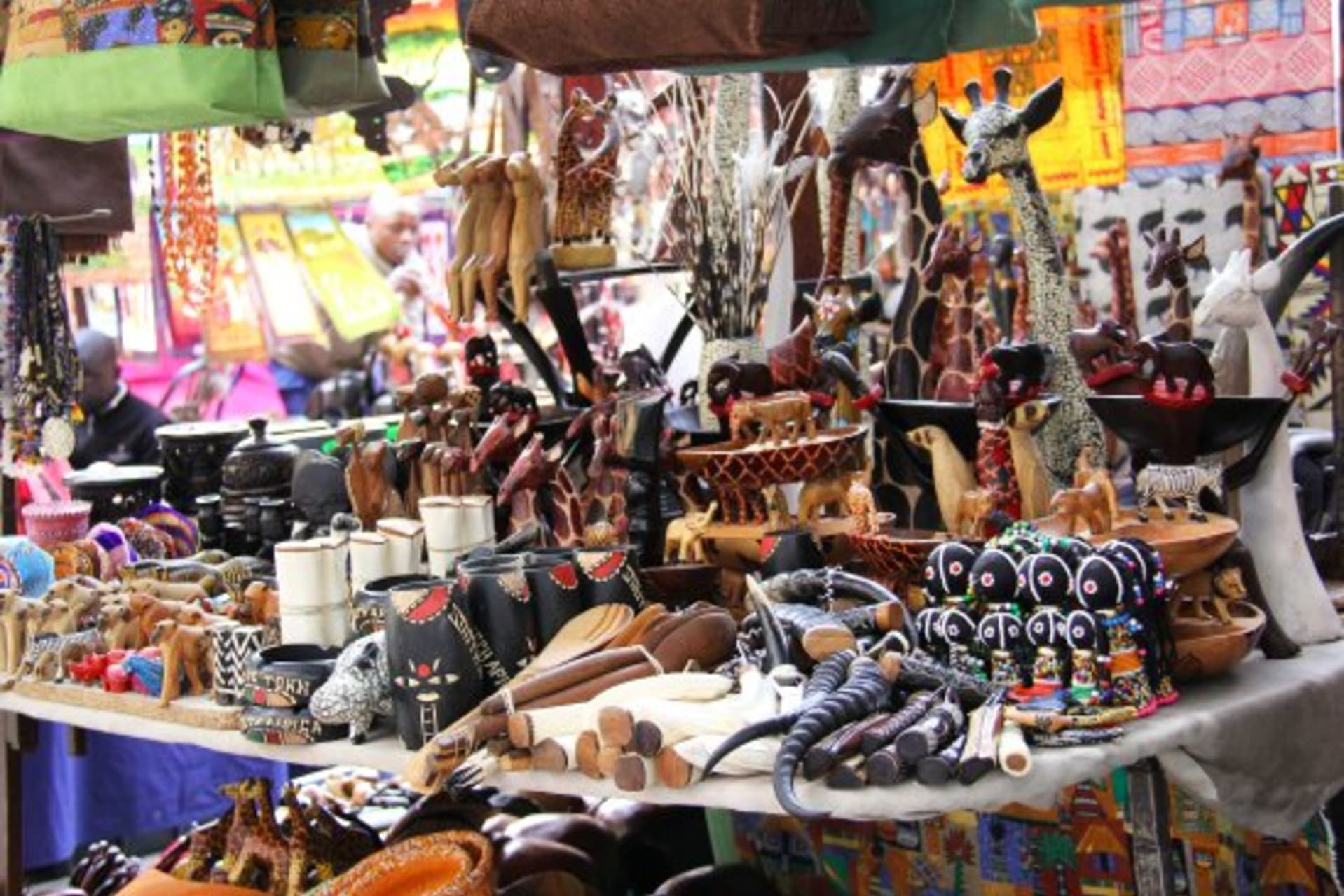 Harare - Road Side: Newlands Arts and Crafts Market