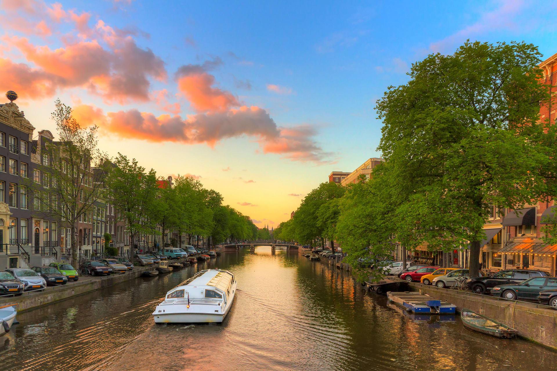 Amsterdam - Sunset Boat Cruise