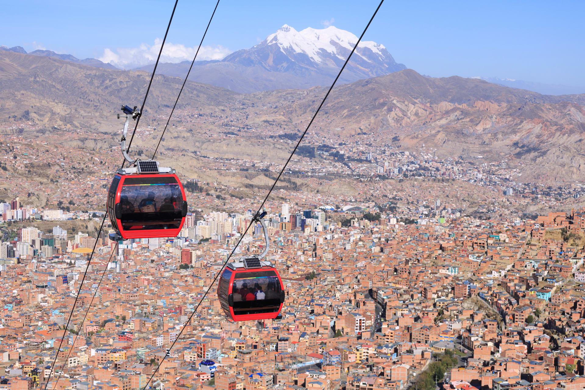 La Paz - Cable Car Ride over La Paz