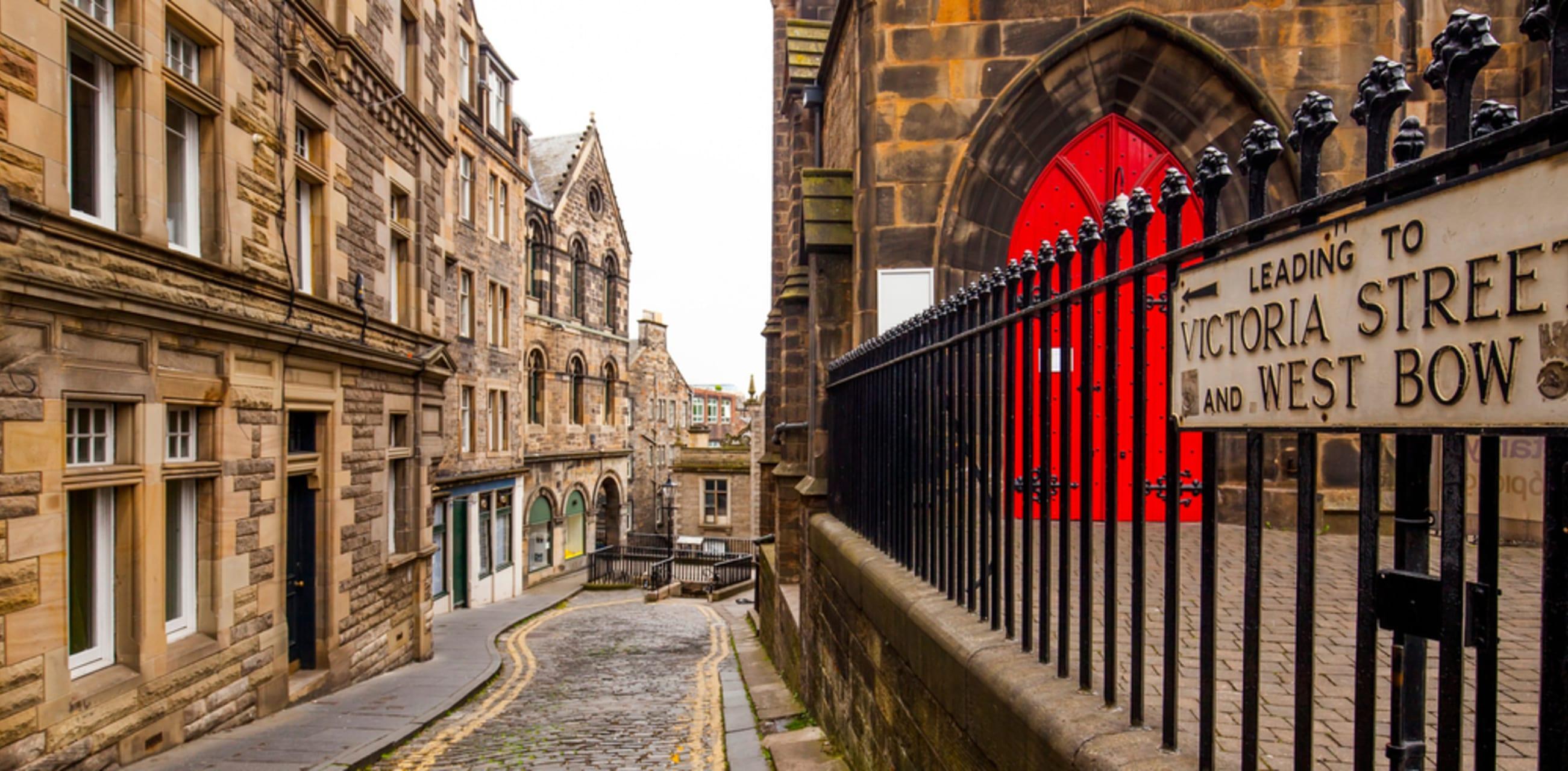 Edinburgh -   The Irish Heritage of Edinburgh with Invisible Cities