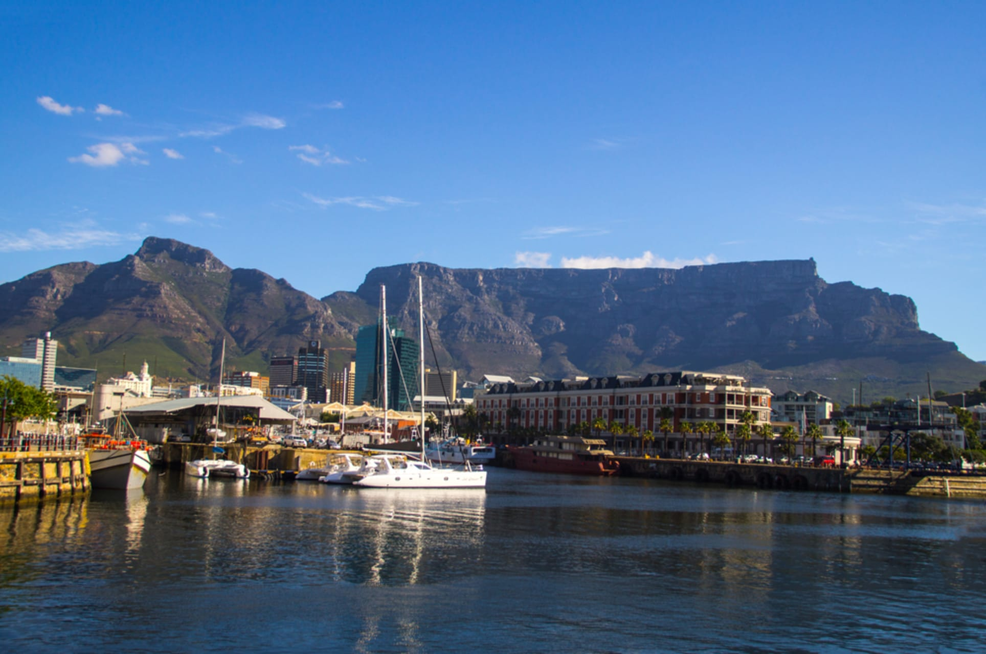 Cape Town - The Victoria & Alfred Waterfront: Cape Town's Original Harbour
