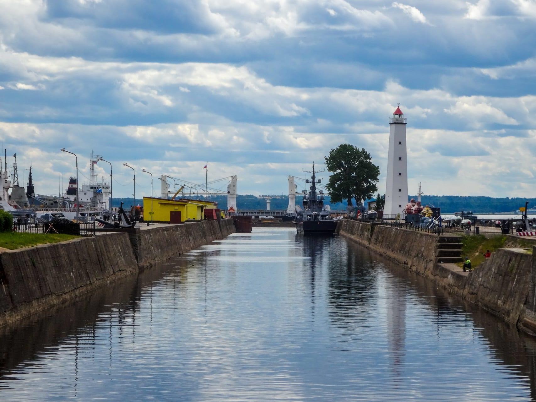 Saint Petersburg - Kronstadt Part III - Boat Trip in the Gulf of Finland