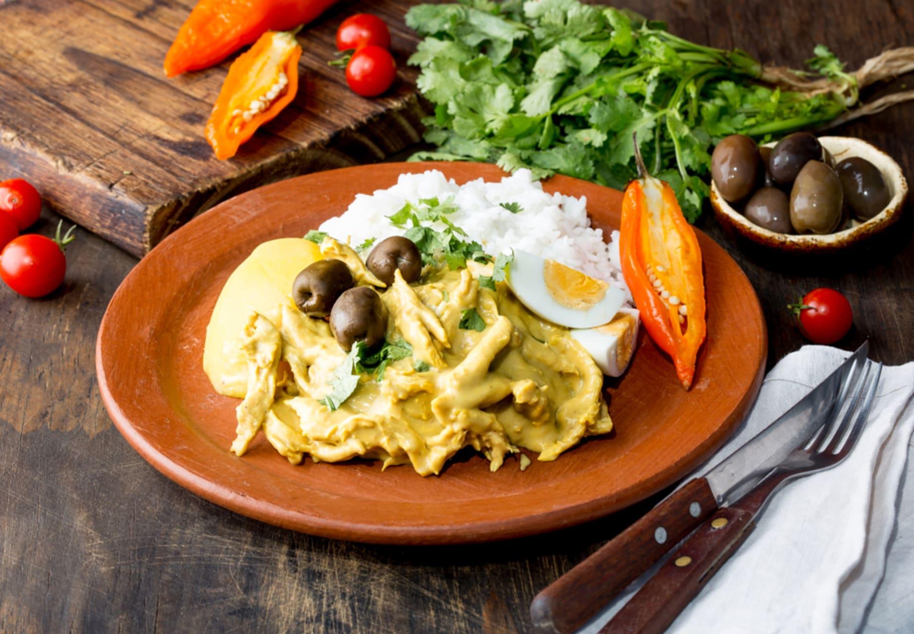 "Lima - The show of the chili : ""Aji de gallina"" and ""Papa a la Huancaina"" Cooking class"