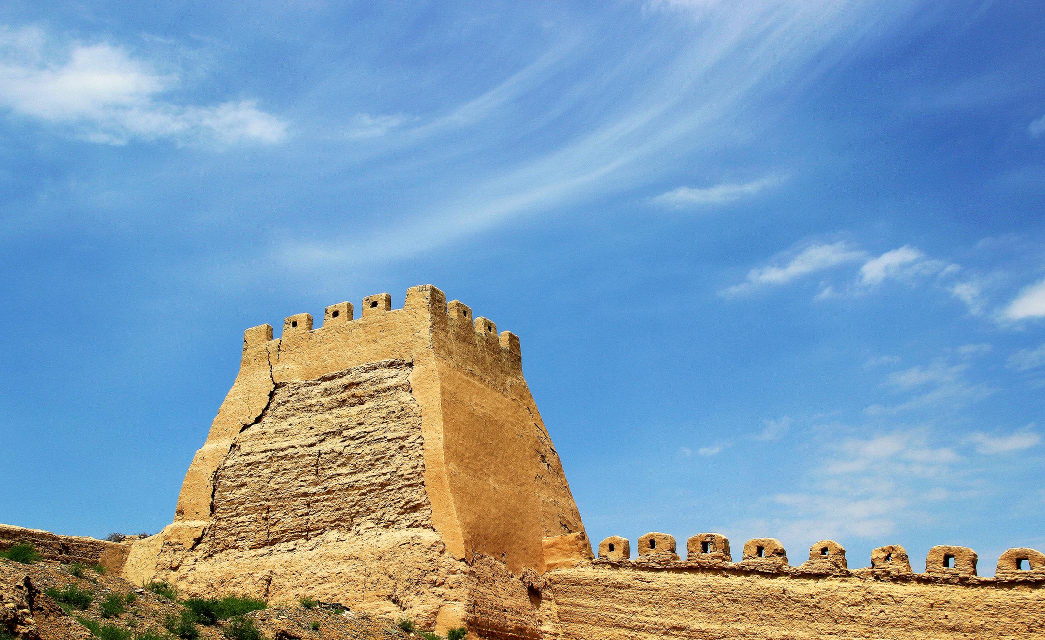Hexi Corridor (China's Silk Road) - Jiayuguan Cantilever Great Wall:  A Unique Element of Ancient Silk Road