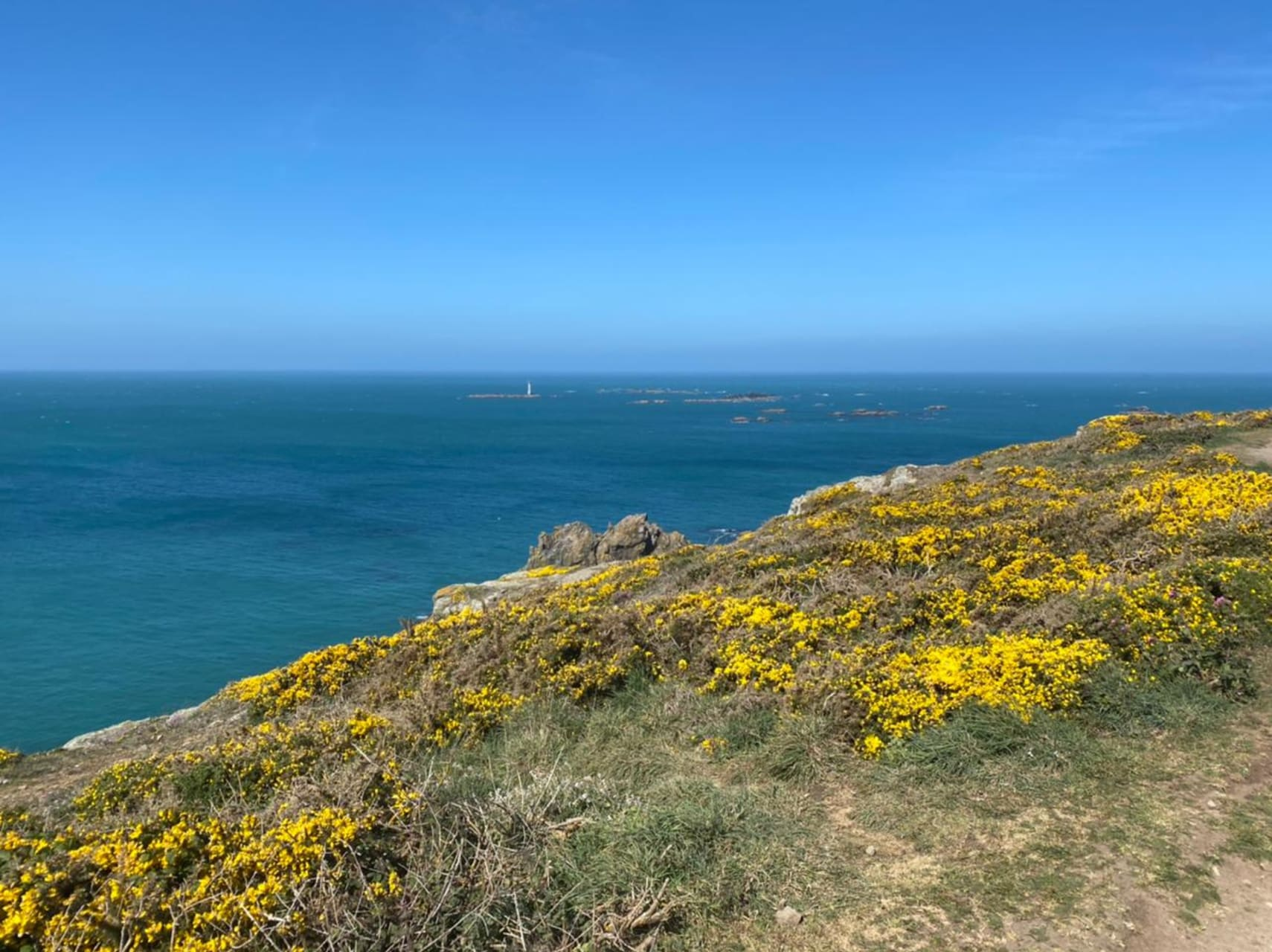 Guernsey - Hiking the South Coast Cliffs in Guernsey